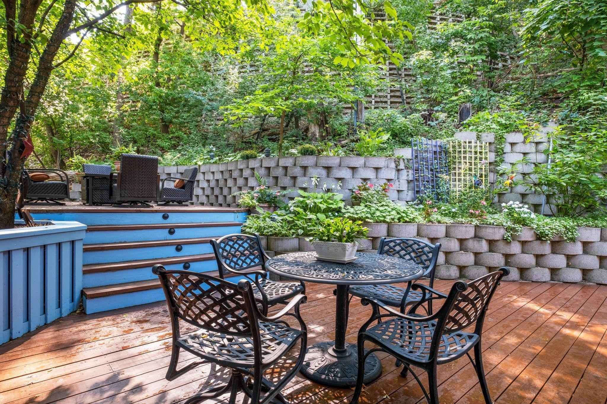 View 48 photos of this 3 bed, 3 bath, and 3,173 sqft. condo home located at 15 Summit Pl, Minneapolis, Minnesota 55403 is Active for $875,000.