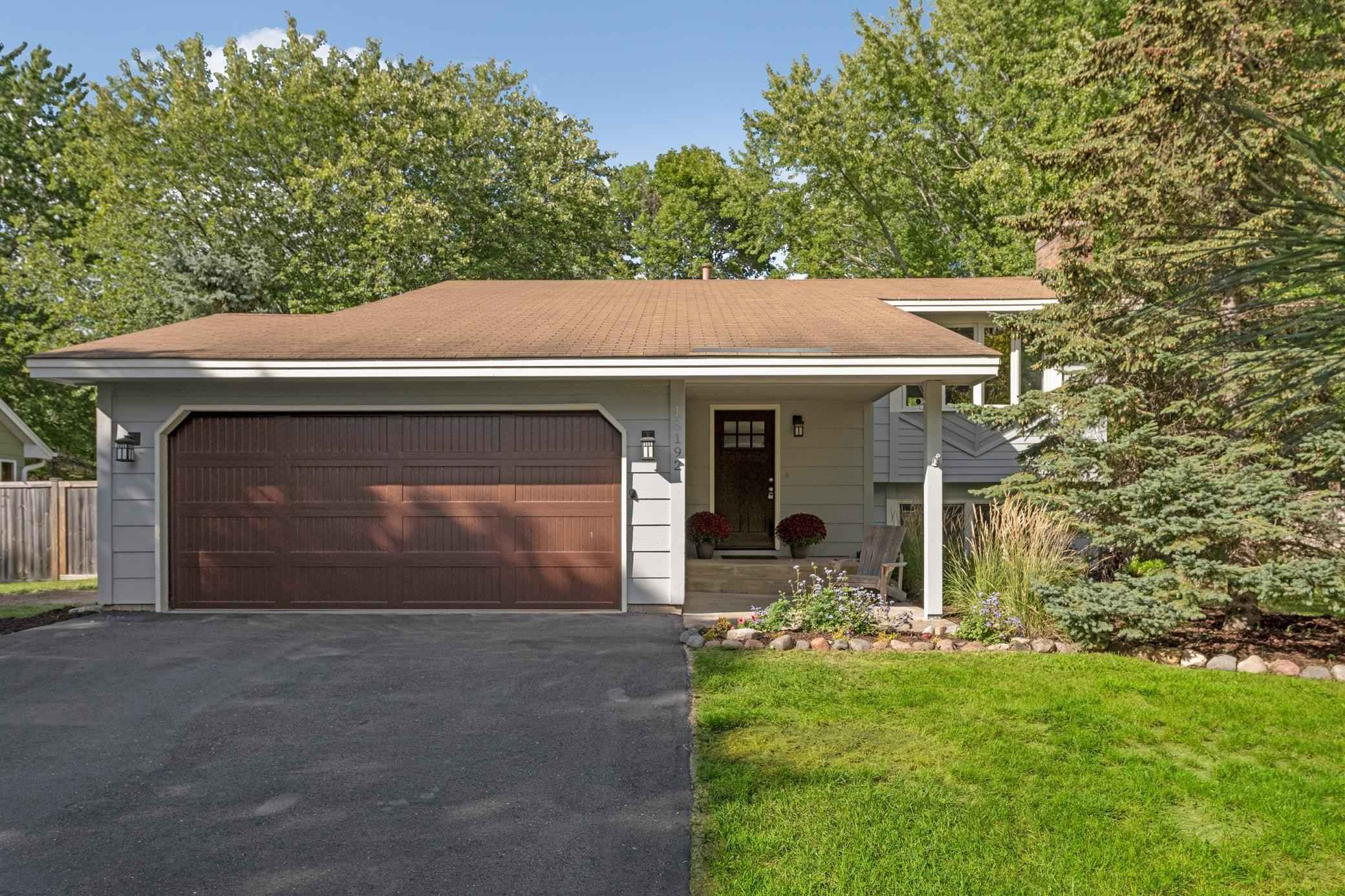 View 26 photos of this 4 bed, 2 bath, and 1,938 sqft. single_family home located at 18192 Weaver Lake Dr, Maple Grove, Minnesota 55311 is Active for $364,900.
