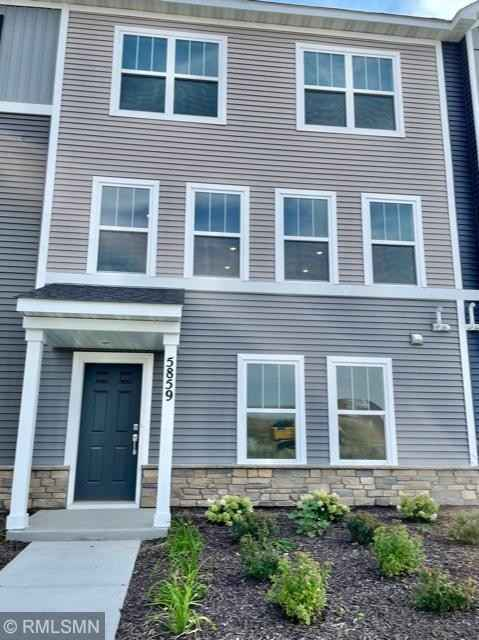 View 30 photos of this 3 bed, 4 bath, and 2,142 sqft. condo home located at 5859 156th St W, Apple Valley, Minnesota 55124 is Pending for $387,990.