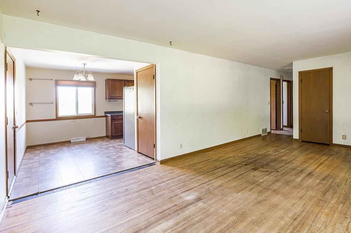 View 19 photos of this 2 bed, 2 bath, and 960 sqft. single_family home located at 355 Adams St, New Germany, Minnesota 55367 is Active for $215,000.