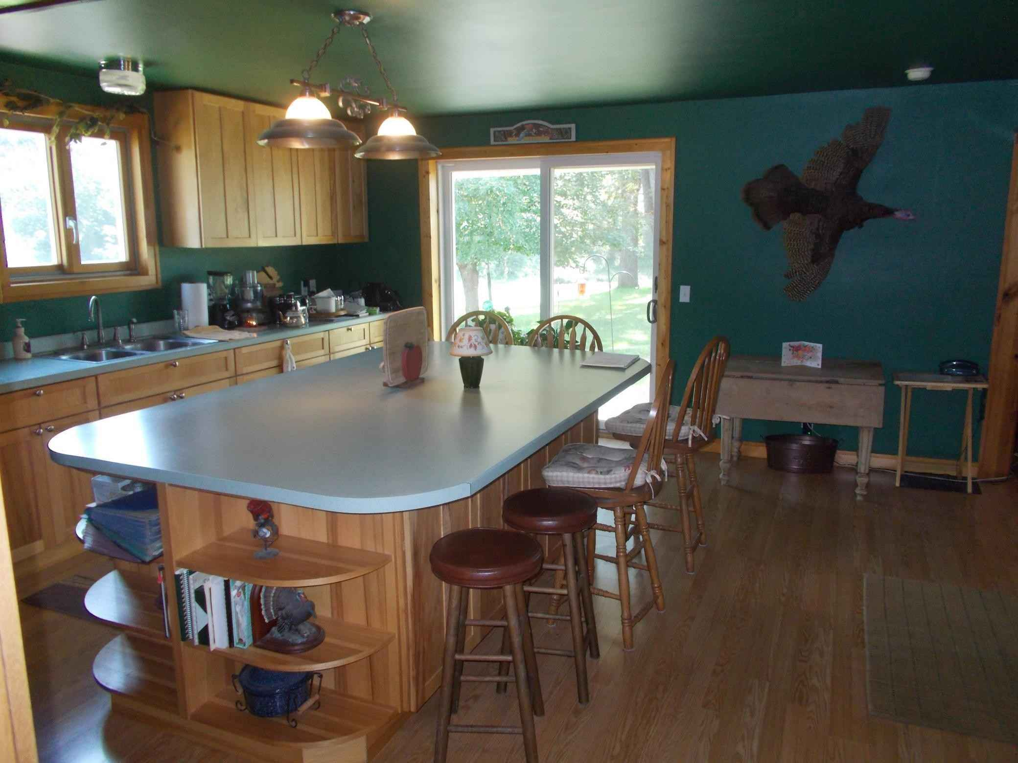 View 36 photos of this 2 bed, 2 bath, and 1,650 sqft. single_family home located at 12283 County Road 31, Altura, Minnesota 55910 is Pending for $290,000.
