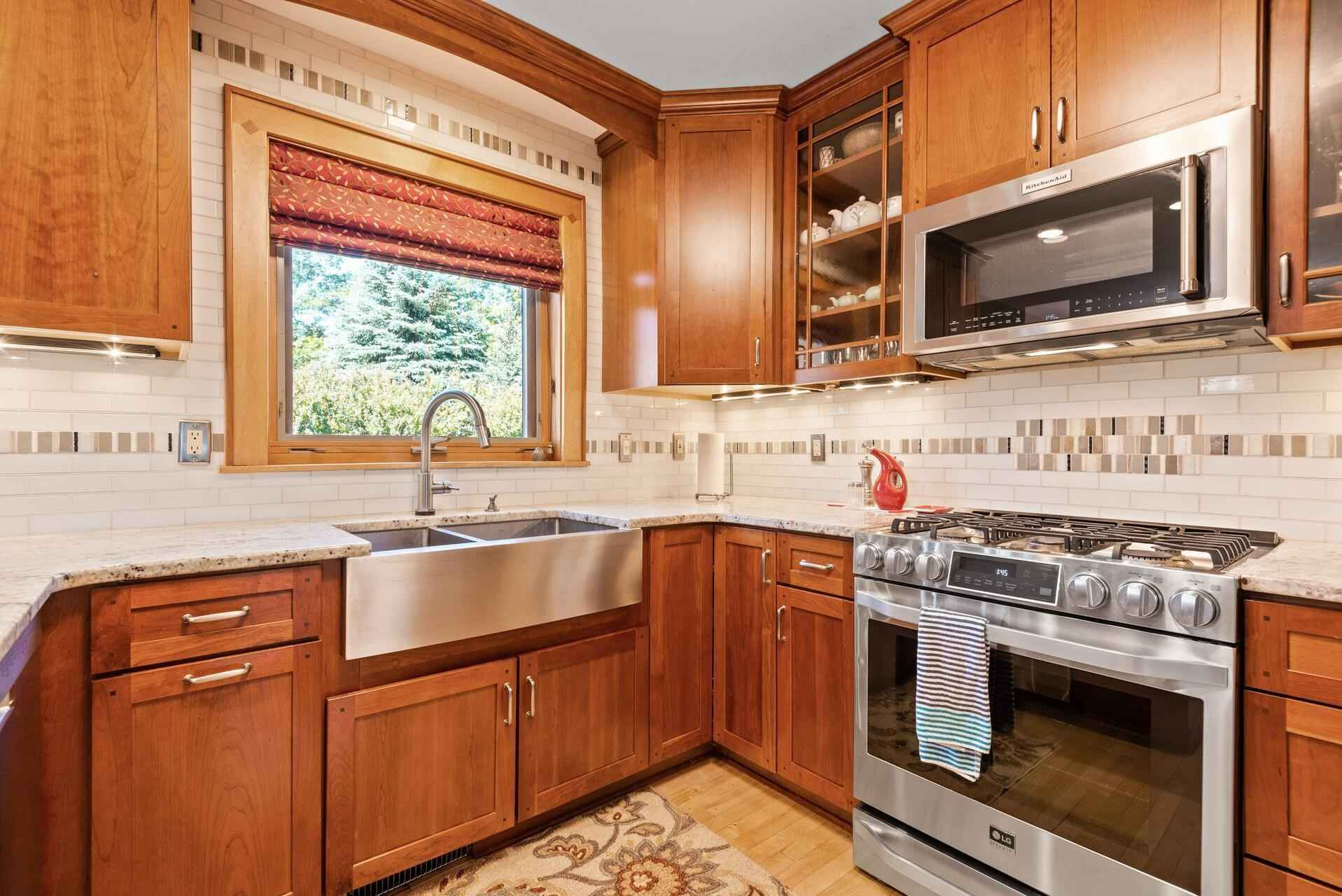View 66 photos of this 4 bed, 4 bath, and 3,698 sqft. single_family home located at 27810 Jonquil Ave, Elko, Minnesota 55020 is Pending for $700,000.