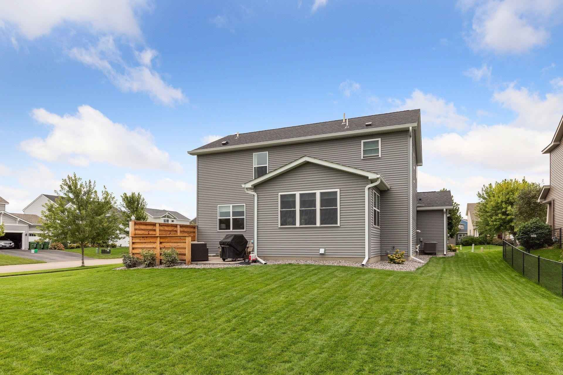 View 42 photos of this 5 bed, 4 bath, and 2,963 sqft. single_family home located at 12798 Petersburg St NE, Blaine, Minnesota 55449 is Pending for $540,000.