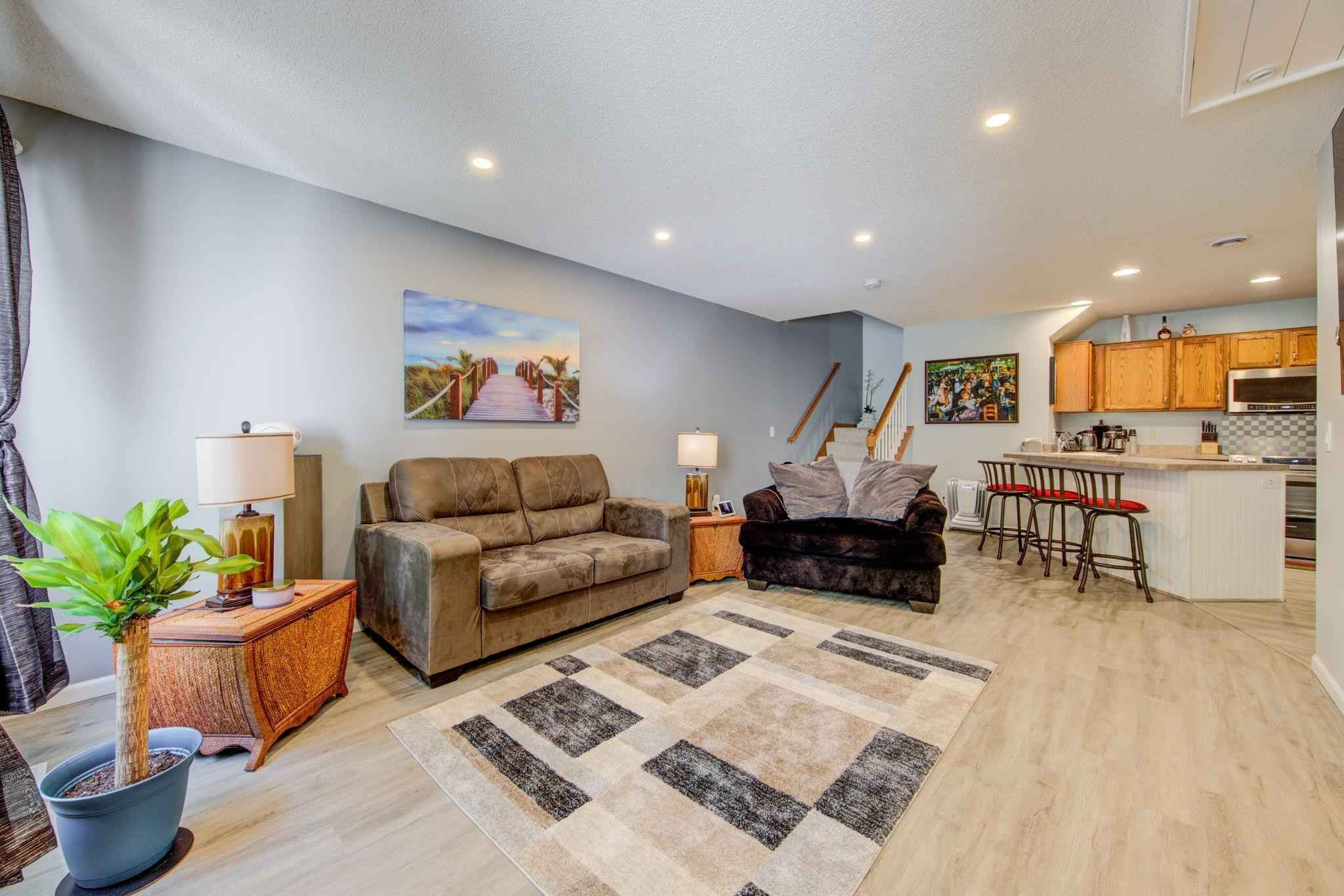 View 9 photos of this 2 bed, 2 bath, and 1,175 sqft. condo home located at 1668 Riverwood Dr Unit 127, Burnsville, Minnesota 55337 is Active for $206,300.