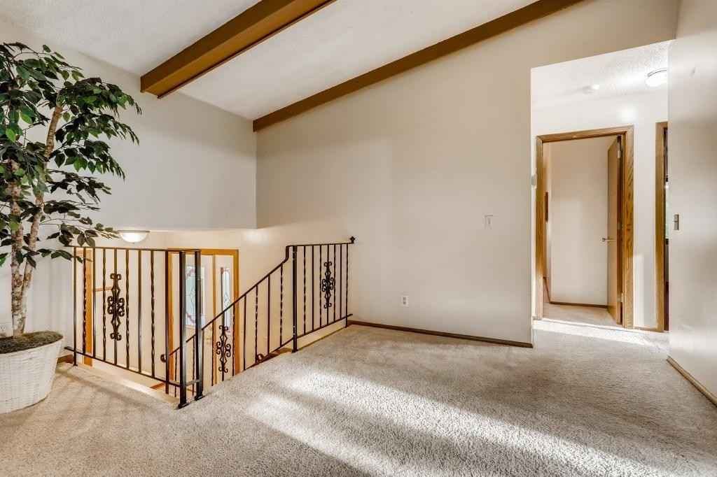 View 28 photos of this 3 bed, 2 bath, and 1,866 sqft. single_family home located at 6913 Crest Dr, Maple Grove, Minnesota 55311 is Active for $329,900.