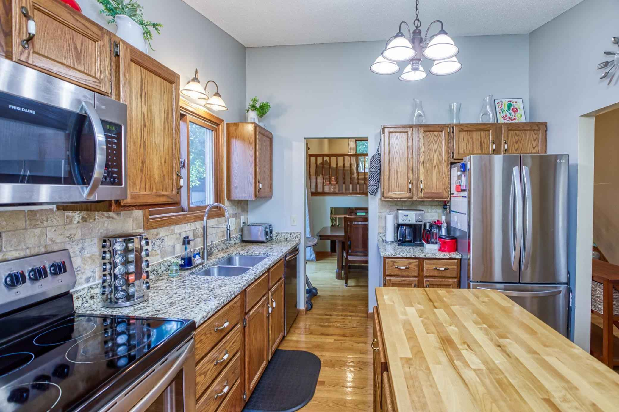 View 27 photos of this 4 bed, 2 bath, and 2,458 sqft. single_family home located at 5465 W 144th St, Savage, Minnesota 55378 is Active for $375,000.