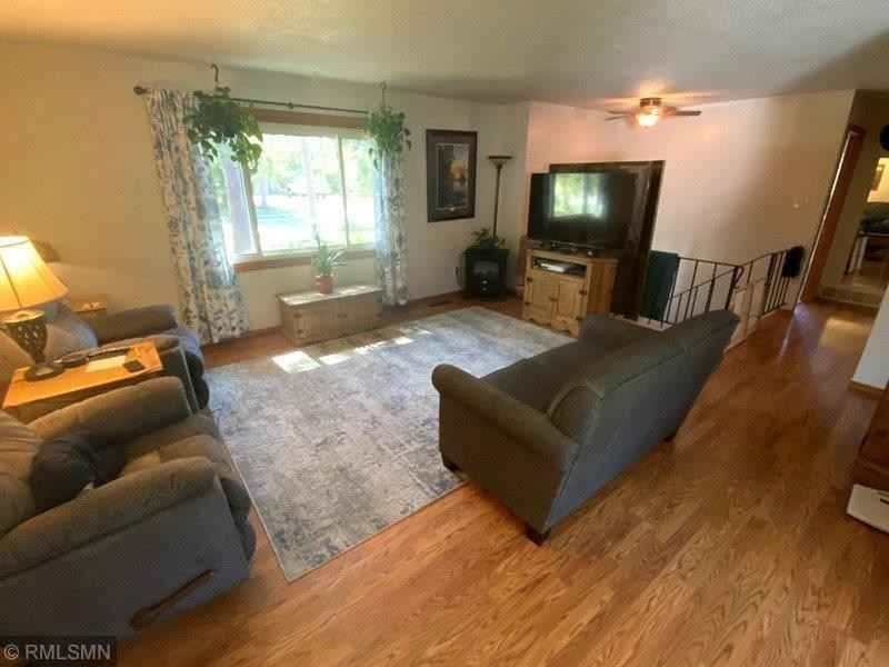 View 14 photos of this 3 bed, 1 bath, and 1,278 sqft. single_family home located at 3574 Pinetree Ln SW, Pillager, Minnesota 56473 is Active for $174,900.