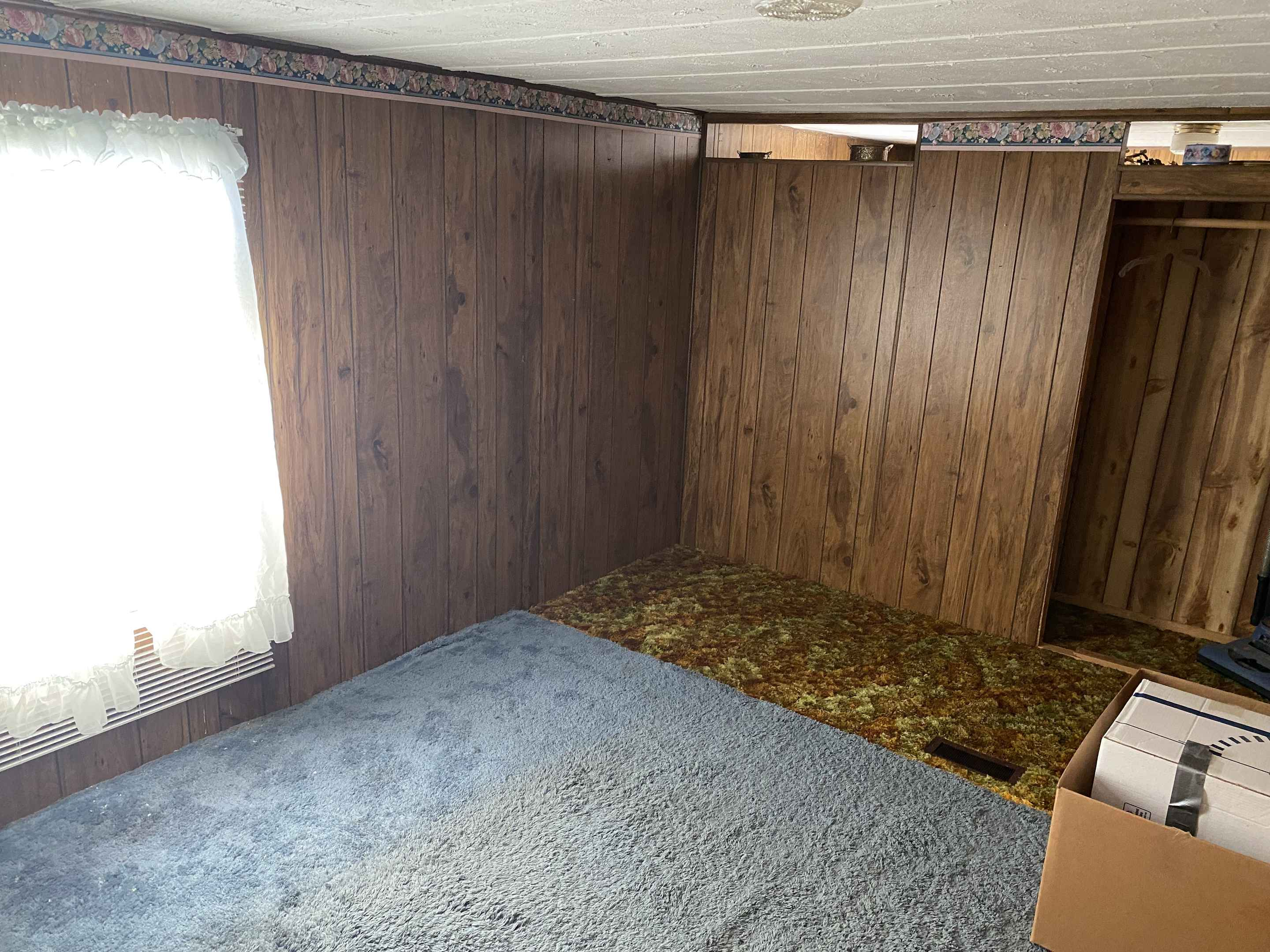 View 11 photos of this 2 bed, 2 bath, and 1,050 sqft. mobile home located at 264 10th St NE, Benson, Minnesota 56215 is Active for $149,888.