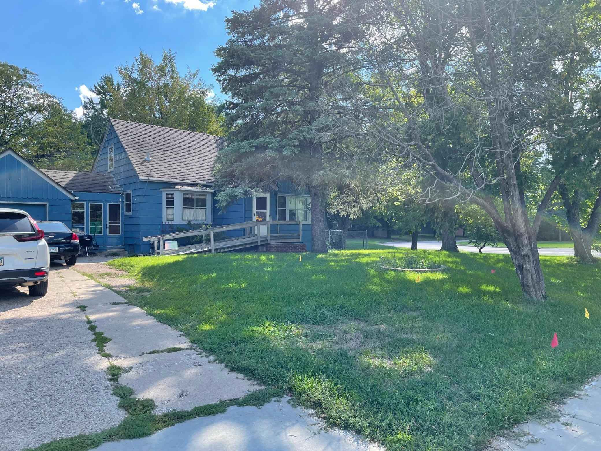 View 10 photos of this 3 bed, 1 bath, and 1,435 sqft. single_family home located at 4809 W 70th St, Edina, Minnesota 55435 is Active for $280,000.