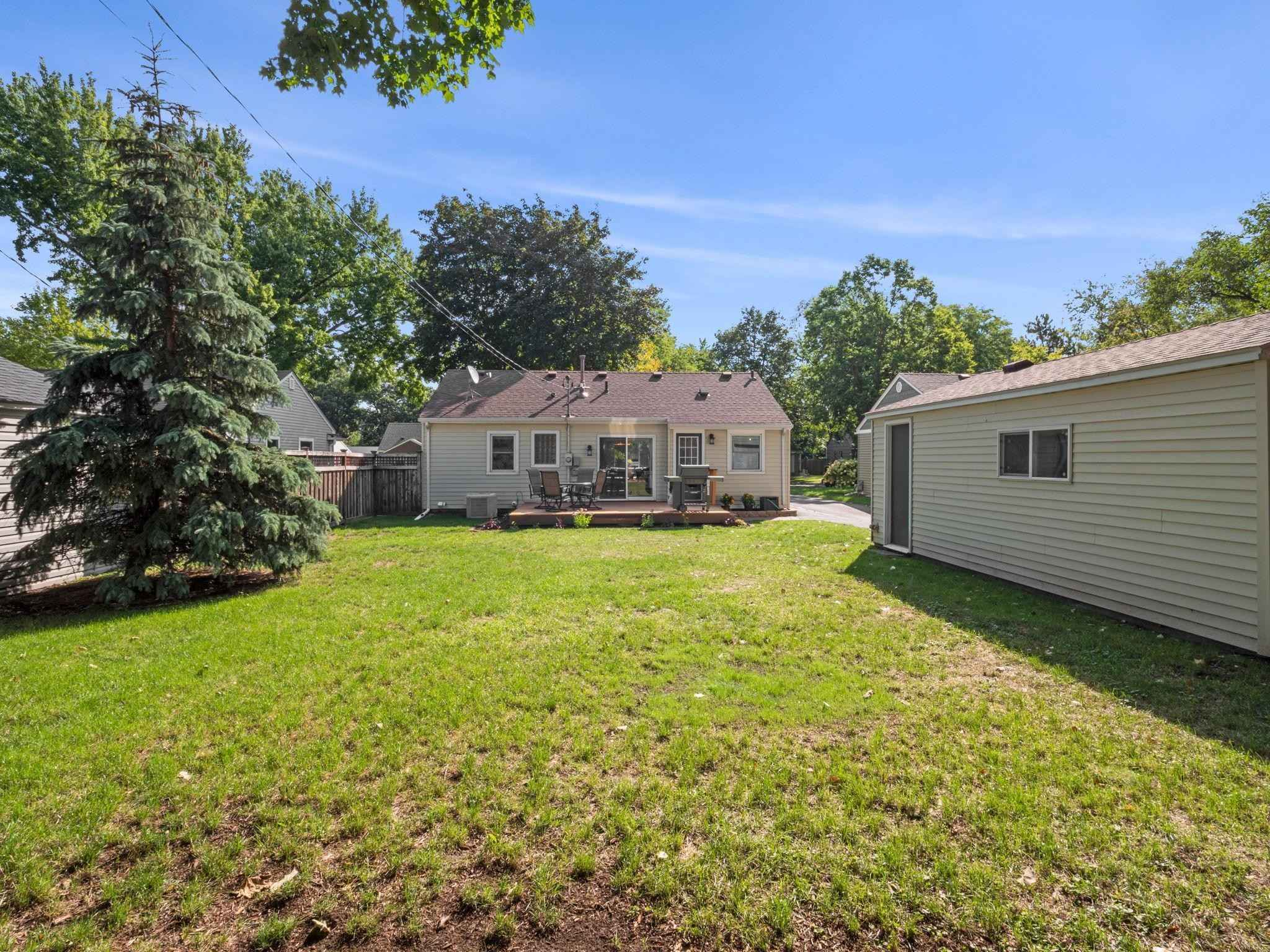 View 25 photos of this 3 bed, 2 bath, and 1,332 sqft. single_family home located at 2620 Jersey Ave S, Saint Louis Park, Minnesota 55426 is Active for $414,900.