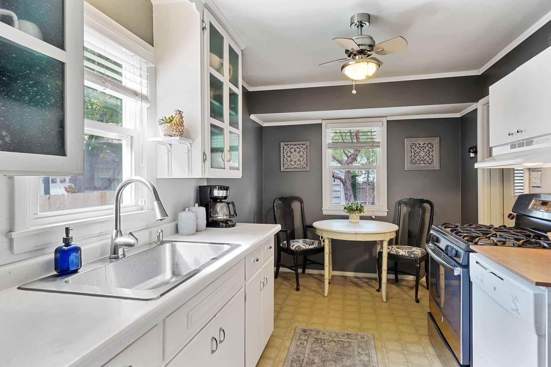 View 38 photos of this 3 bed, 1 bath, and 833 sqft. single_family home located at 3334 Zinran Ave S, Saint Louis Park, Minnesota 55426 is Active for $295,000.