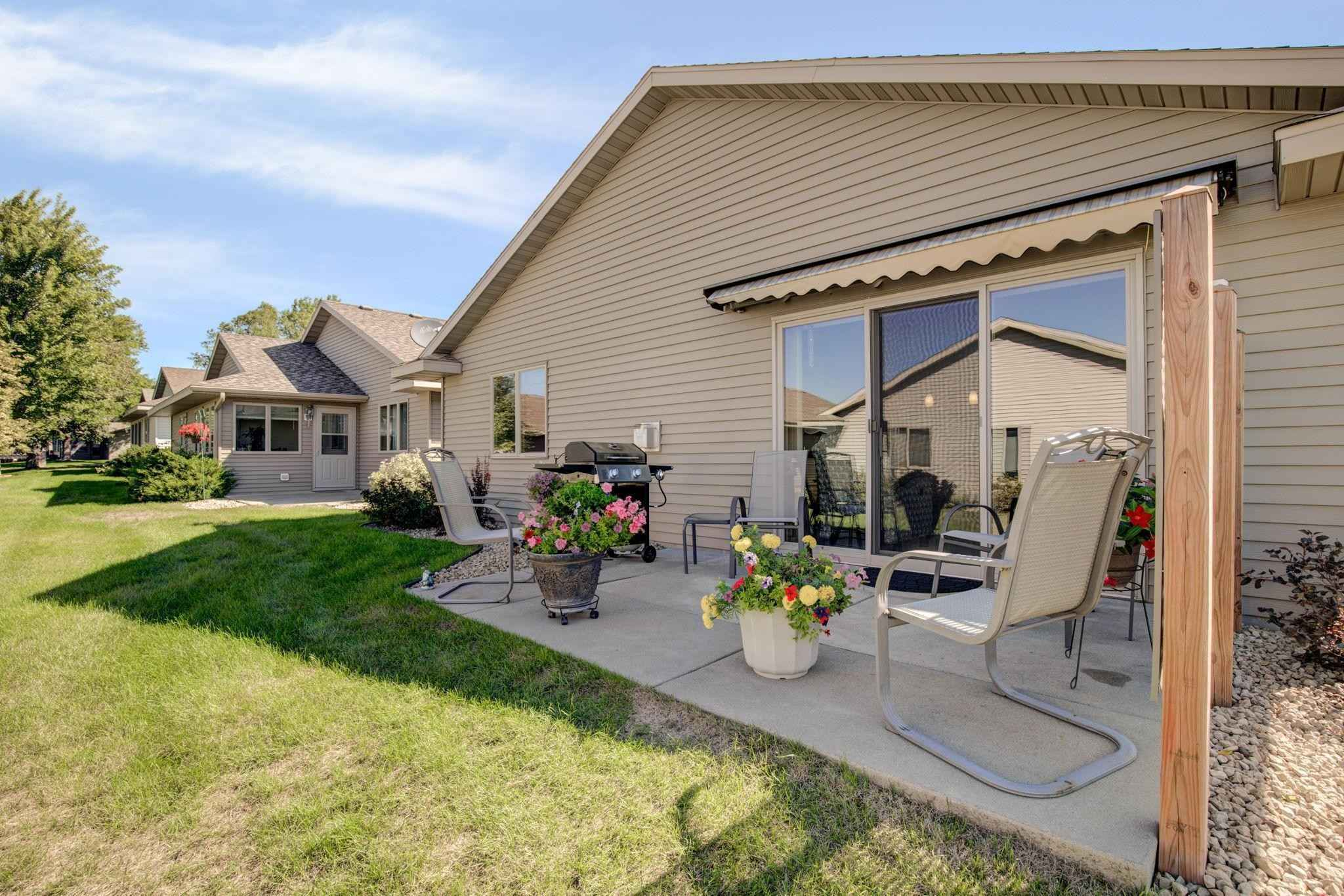 View 19 photos of this 2 bed, 2 bath, and 1,320 sqft. single_family home located at 827 10th Ave N, Sartell, Minnesota 56377 is Active for $237,900.