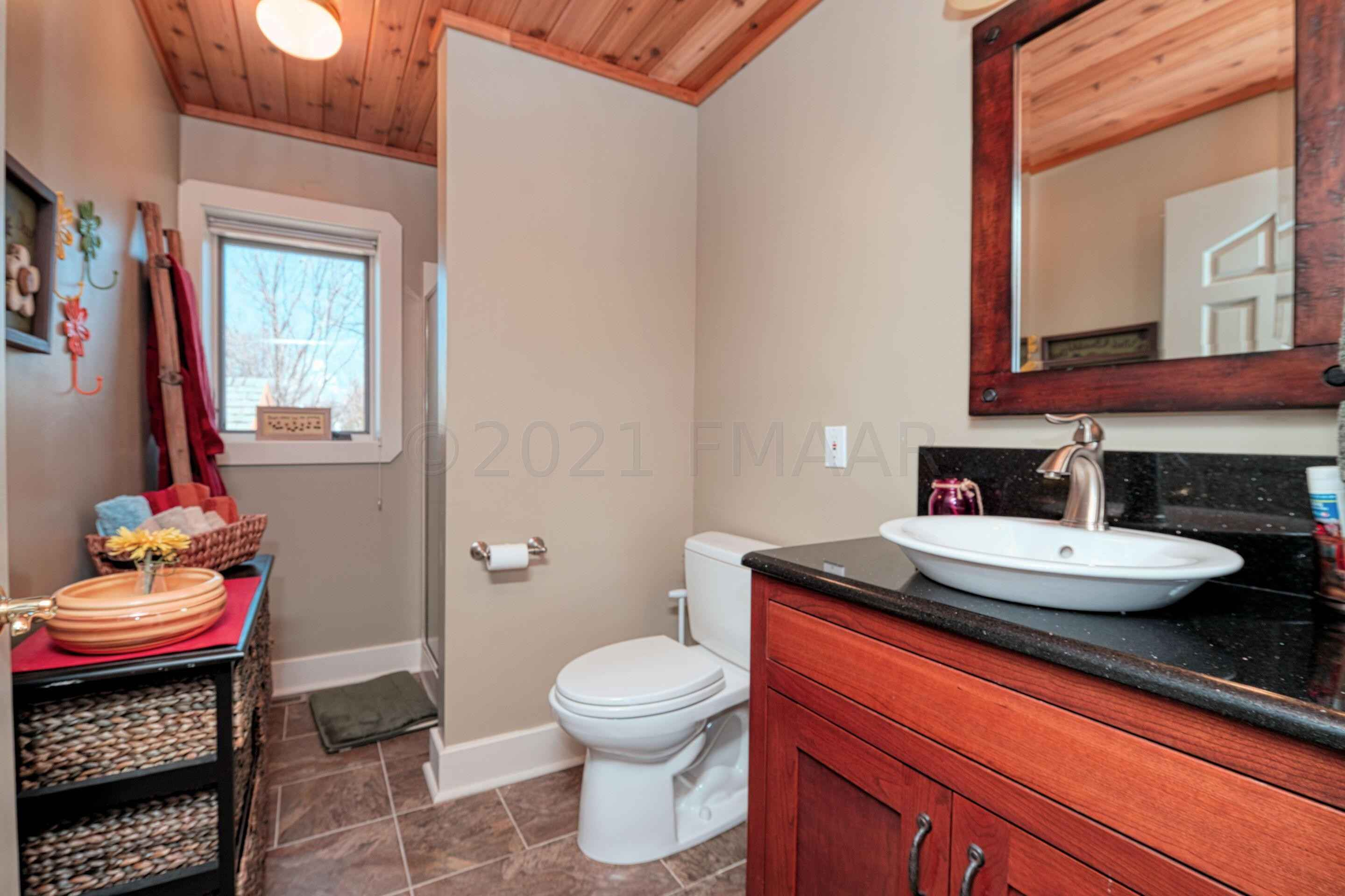 View 53 photos of this 5 bed, 3 bath, and 3,800 sqft. single_family home located at 13732 Elmer Hanson Dr SE, Mentor, Minnesota 56736 is Active for $975,000.