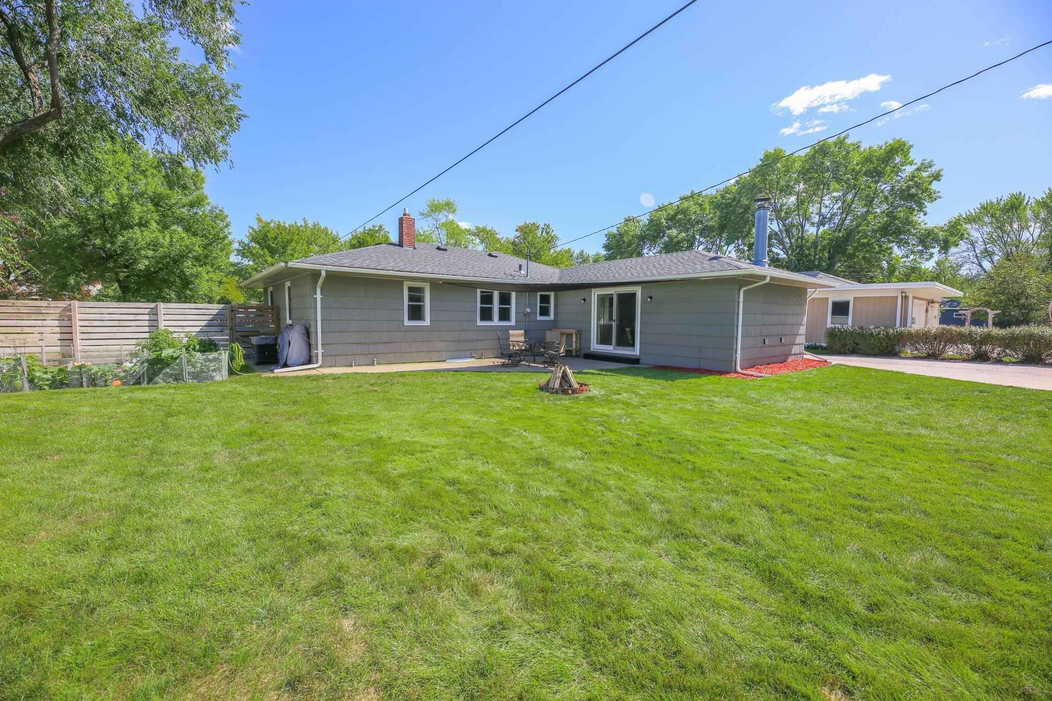 View 42 photos of this 3 bed, 2 bath, and 2,388 sqft. single_family home located at 1218 Ash St, Alexandria, Minnesota 56308 is Pending for $300,000.