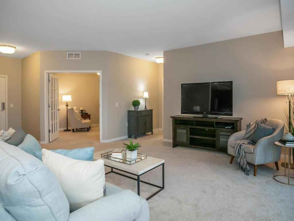 View 48 photos of this 2 bed, 2 bath, and 1,524 sqft. condo home located at 7070 153rd St W Apt 405, Apple Valley, Minnesota 55124 is Active for $254,457.