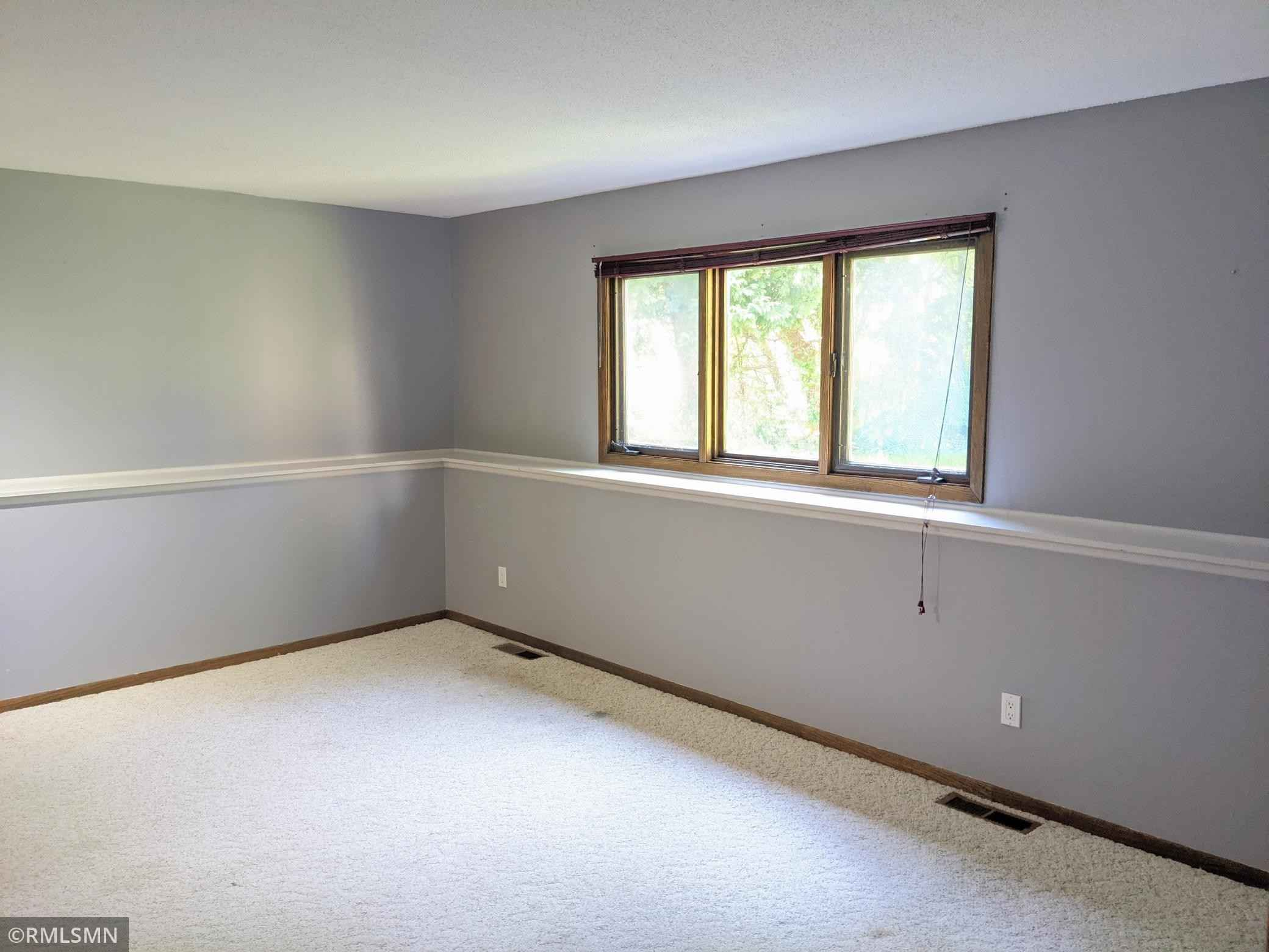 View 16 photos of this 3 bed, 3 bath, and 2,184 sqft. condo home located at 7340 Stewart Dr, Eden Prairie, Minnesota 55346 is Pending for $265,000.