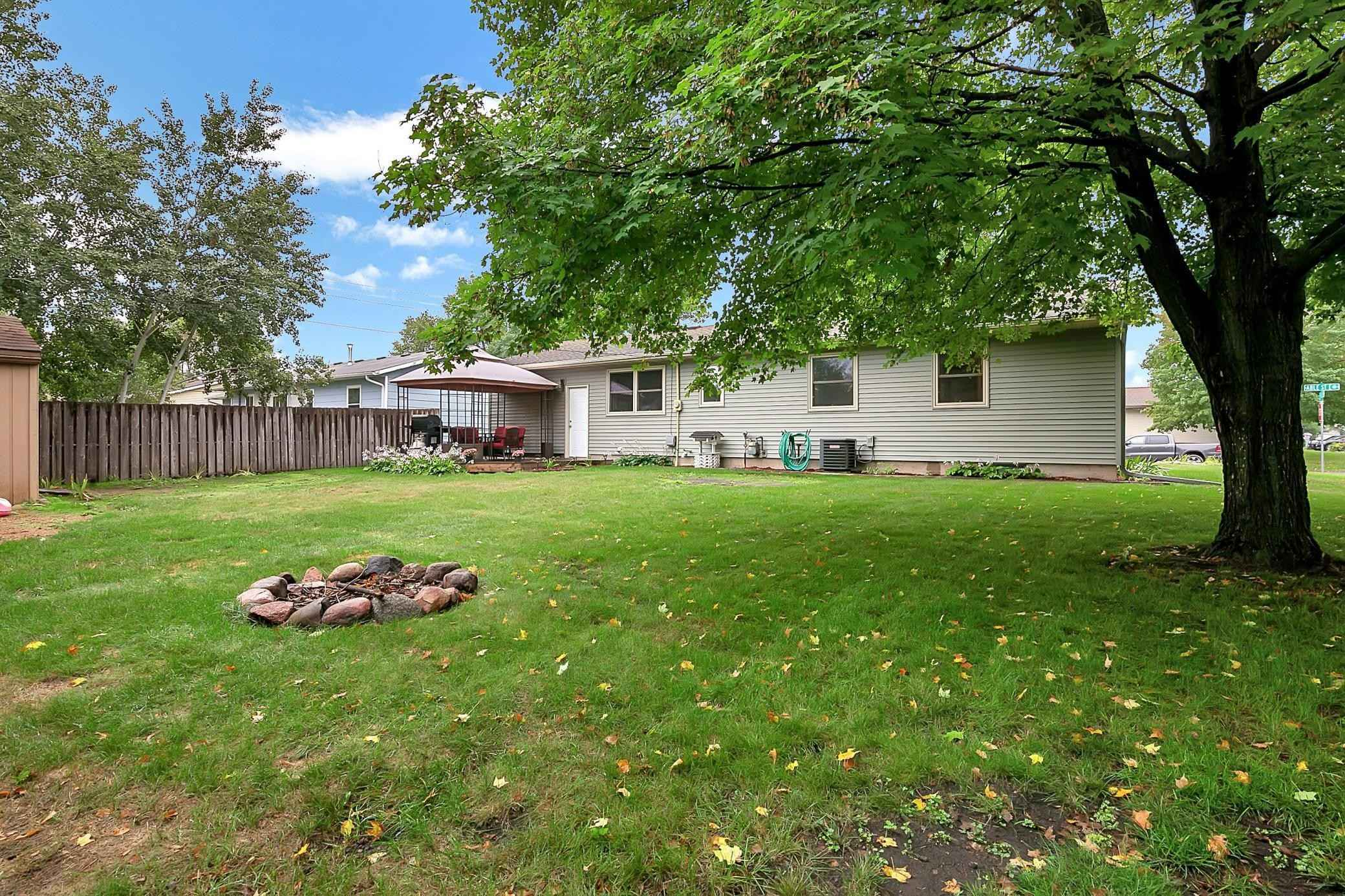 View 21 photos of this 4 bed, 2 bath, and 1,317 sqft. single_family home located at 505 E Able St, Saint Joseph, Minnesota 56374 is Pending for $215,000.