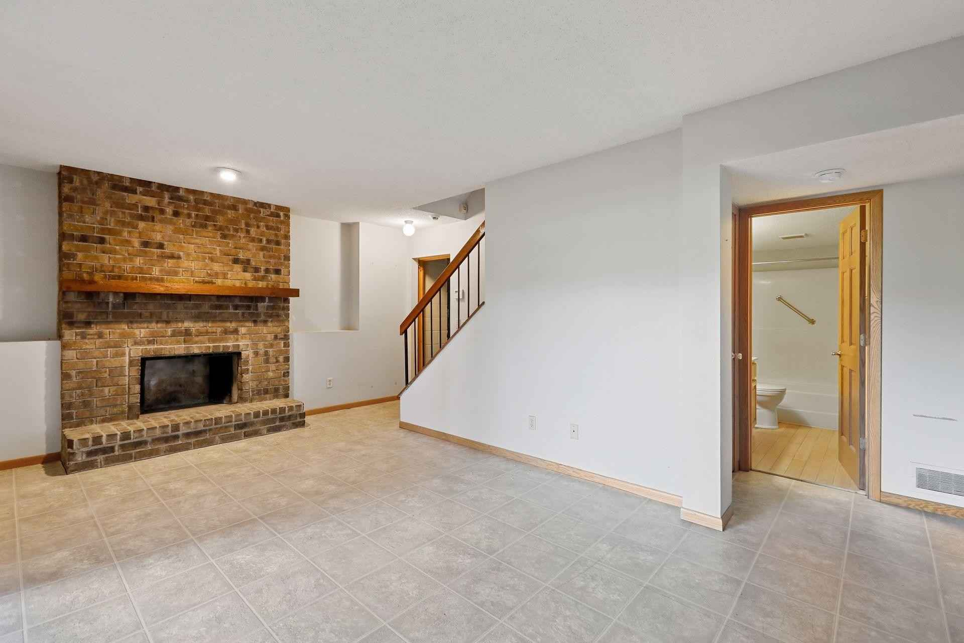 View 69 photos of this 6 bed, 5 bath, and 3,800 sqft. single_family home located at 18900 James Ave, Wayzata, Minnesota 55391 is Active for $849,900.