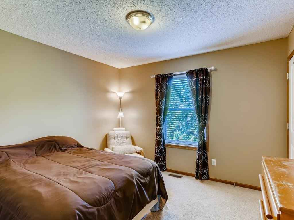 View 22 photos of this 3 bed, 4 bath, and 2,224 sqft. condo home located at 5002 Ross Ln, Rockford, Minnesota 55373 is Pending for $245,000.