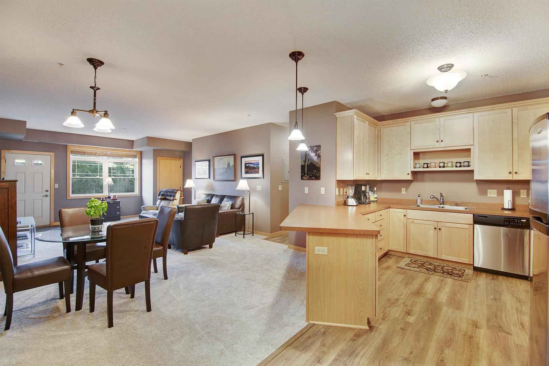 View 18 photos of this 2 bed, 2 bath, and 1,124 sqft. condo home located at 2530 E 34th St Apt 106, Minneapolis, Minnesota 55406 is Active for $220,000.