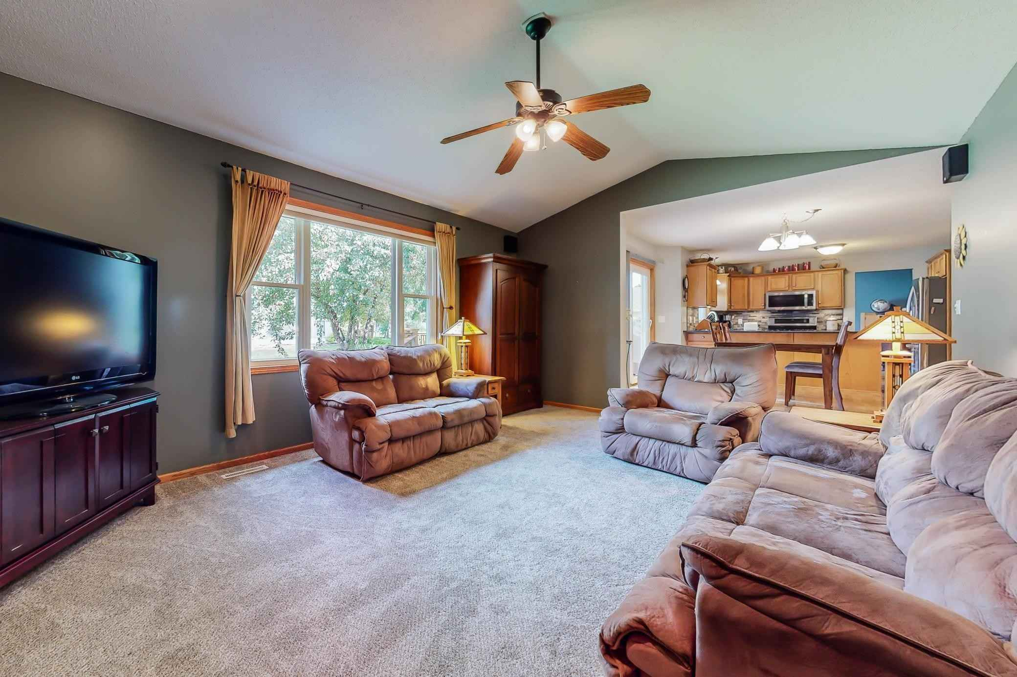 View 38 photos of this 4 bed, 4 bath, and 3,136 sqft. single_family home located at 4541 Savannah Dr NW, Rochester, Minnesota 55901 is Active for $400,000.