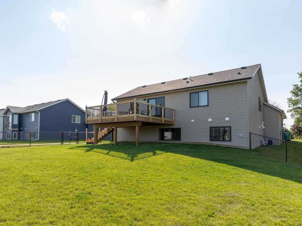 View 35 photos of this 4 bed, 2 bath, and 1,746 sqft. single_family home located at 48 Sunnydale Ln SE, Rochester, Minnesota 55904 is Pending for $329,900.