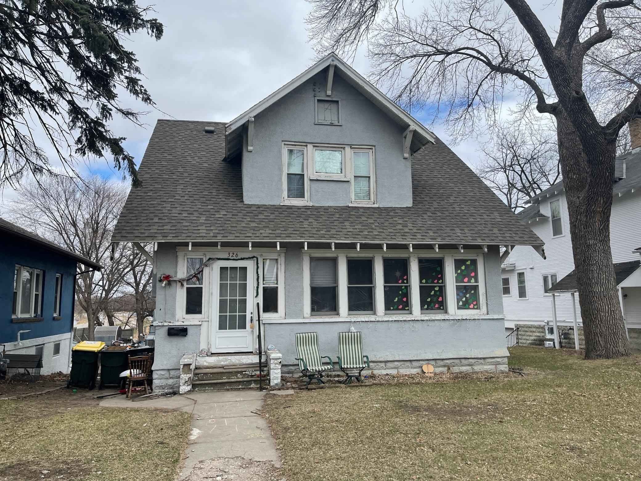 View 1 photos of this 3 bed, 2 bath, and 2,350 sqft. single_family home located at 326 7th St NW, Willmar, Minnesota 56201 is Active for $118,200.