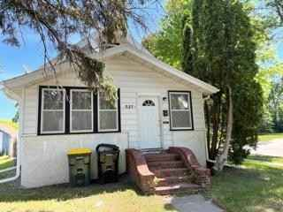 View 1 photos of this 3 bed, 1 bath, and 1,160 sqft. single_family home located at 527 Ann St, Willmar, Minnesota 56201 is Active for $121,400.