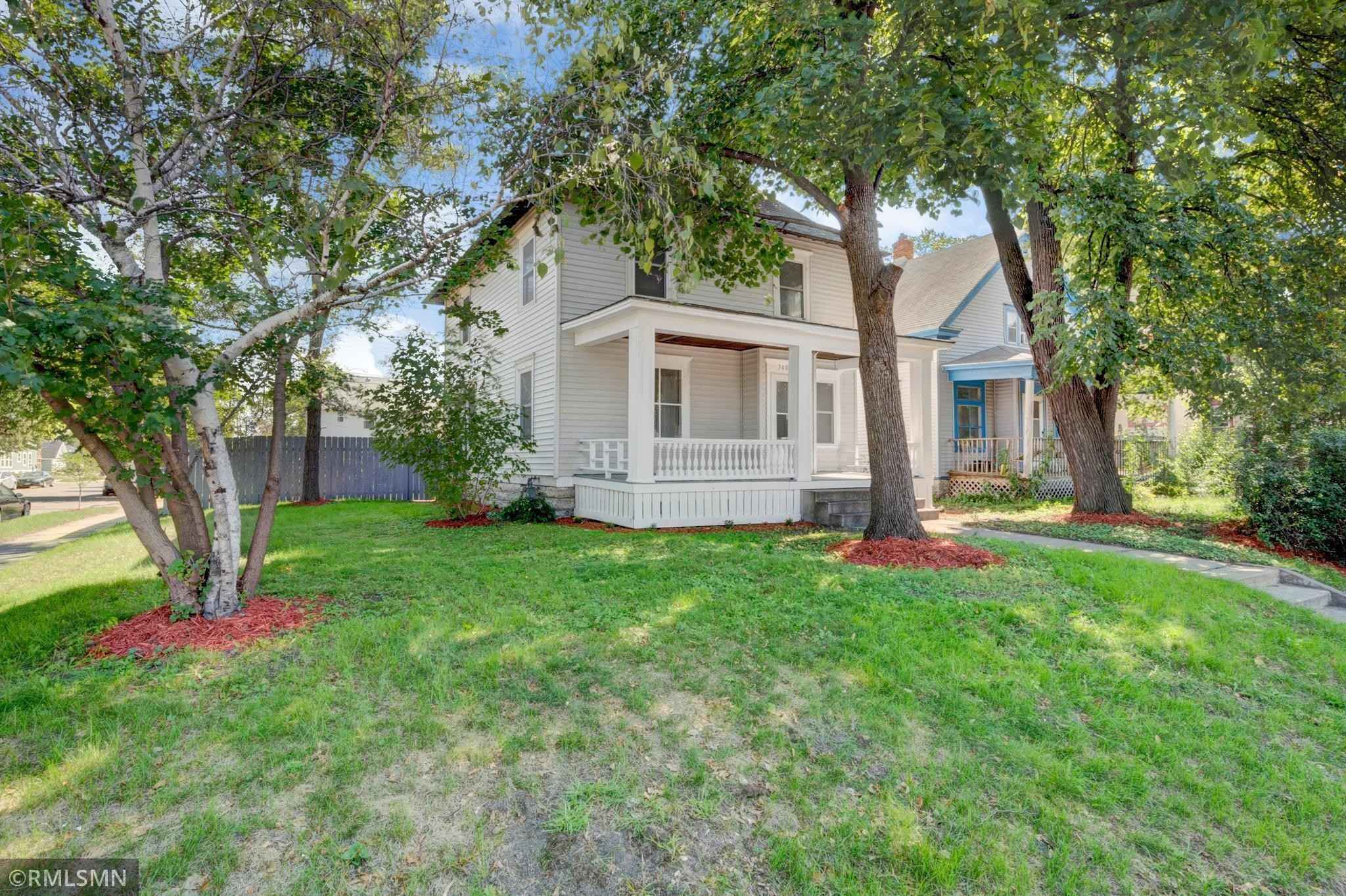 View 31 photos of this 4 bed, 1 bath, and 1,778 sqft. single_family home located at 3401 Portland Ave S, Minneapolis, Minnesota 55407 is Active for $249,900.
