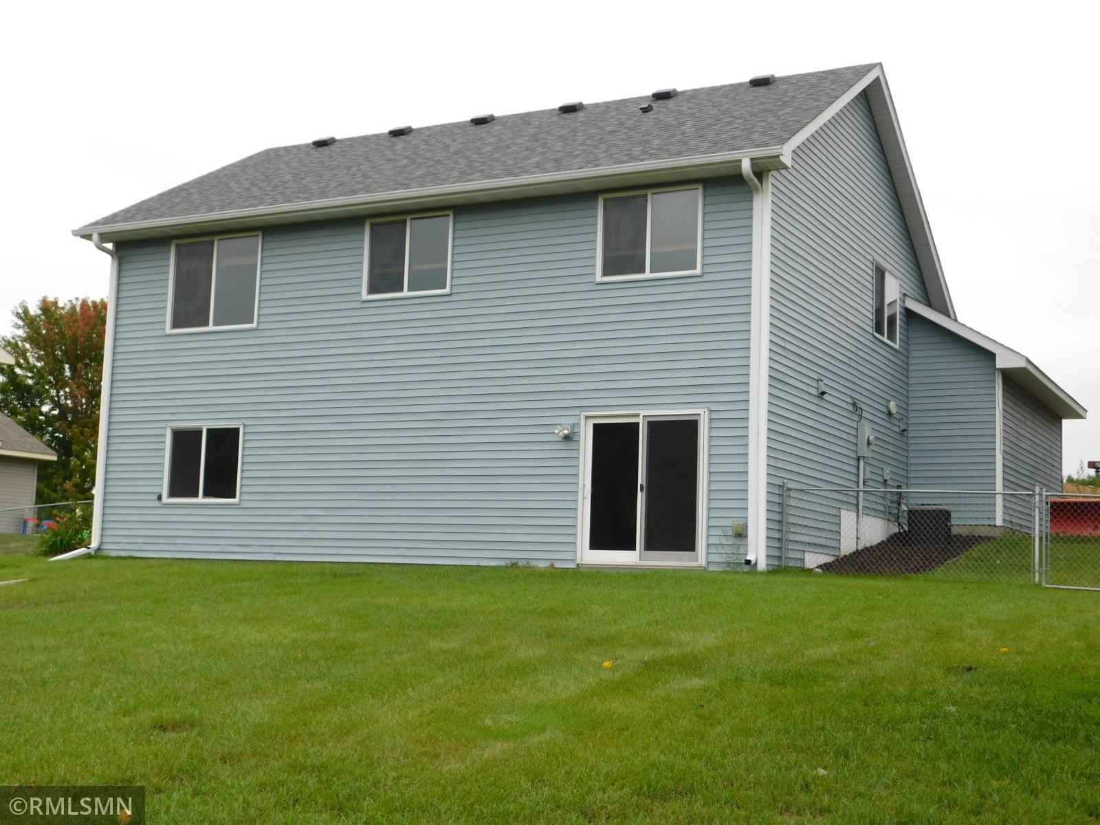 View 6 photos of this 4 bed, 2 bath, and 1,754 sqft. single_family home located at 1215 Deer Haven Dr, Isanti, Minnesota 55040 is Pending for $289,900.