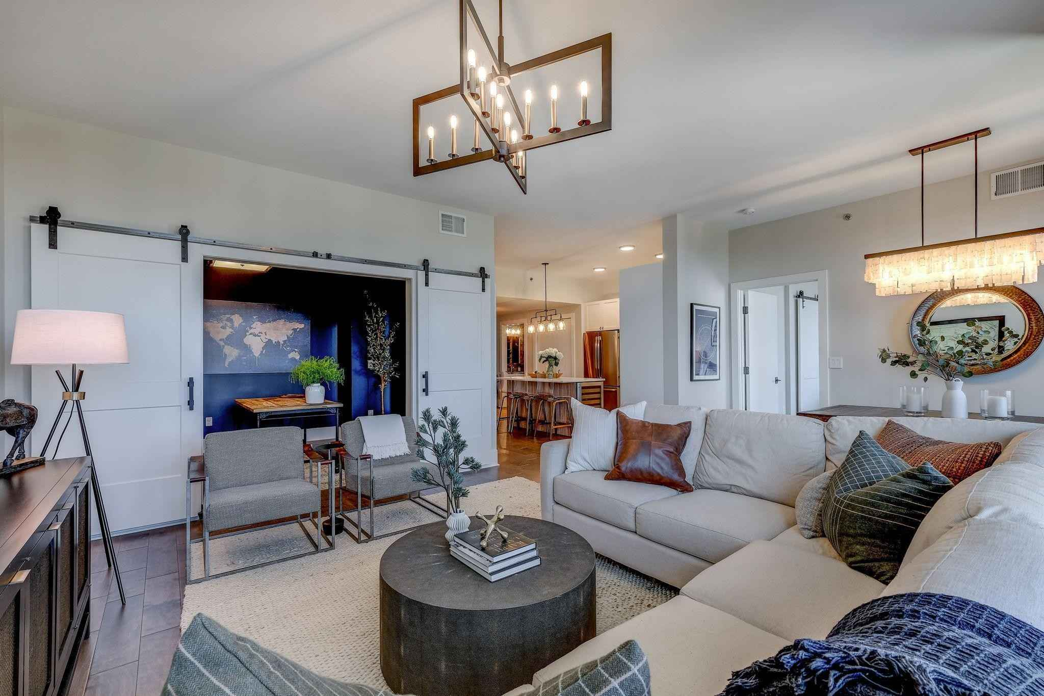 View 53 photos of this 3 bed, 2 bath, and 1,483 sqft. condo home located at 1240 S 2nd St Unit 930, Minneapolis, Minnesota 55415 is Active for $774,900.