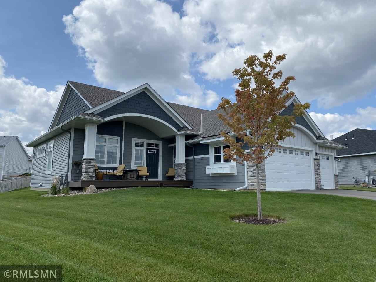 View 19 photos of this 4 bed, 3 bath, and 3,725 sqft. single_family home located at 2 France Cir, Lakeville, Minnesota 55044 is Active for $915,900.