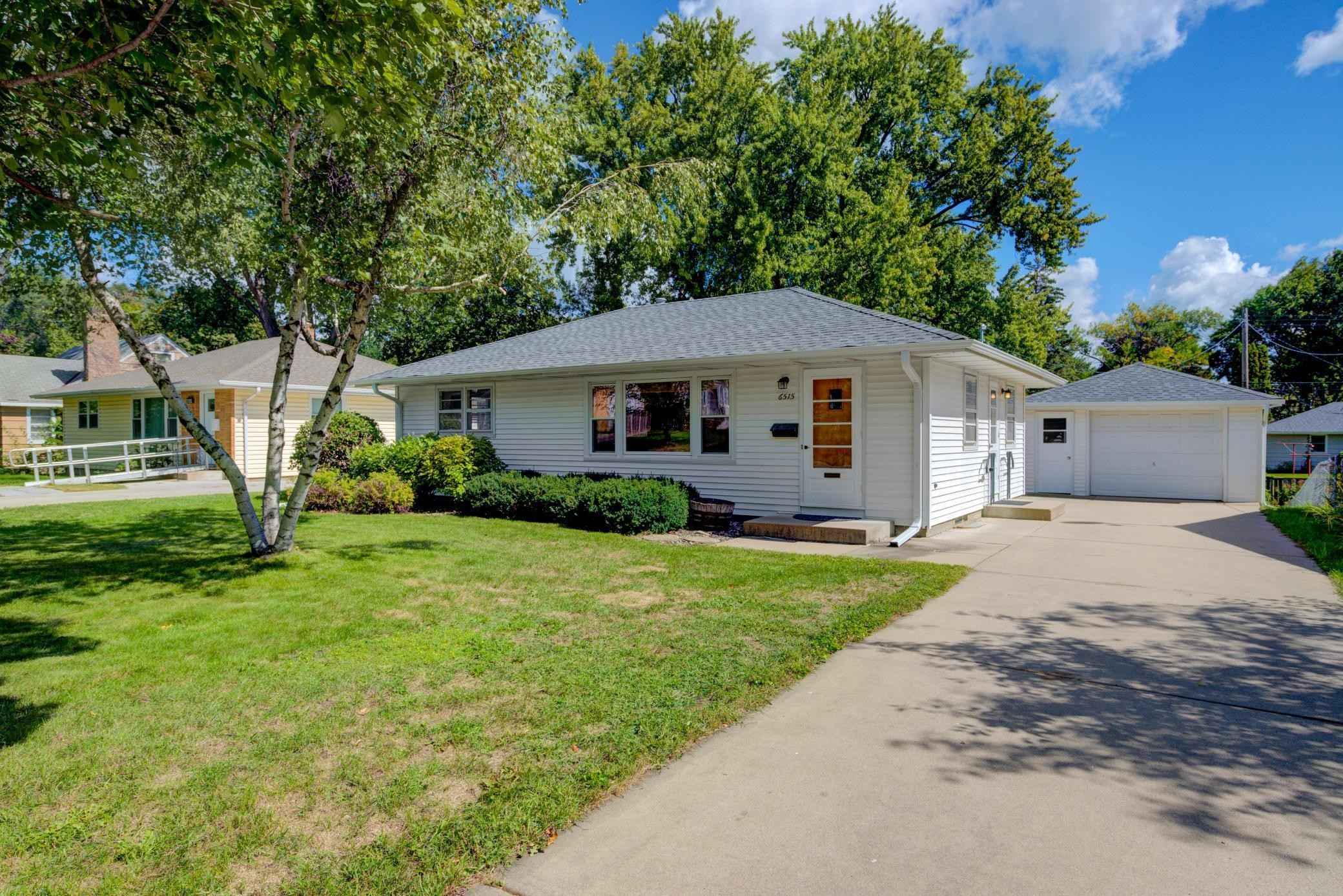 View 18 photos of this 3 bed, 1 bath, and 1,242 sqft. single_family home located at 6515 Irving Ave S, Richfield, Minnesota 55423 is Active for $274,900.
