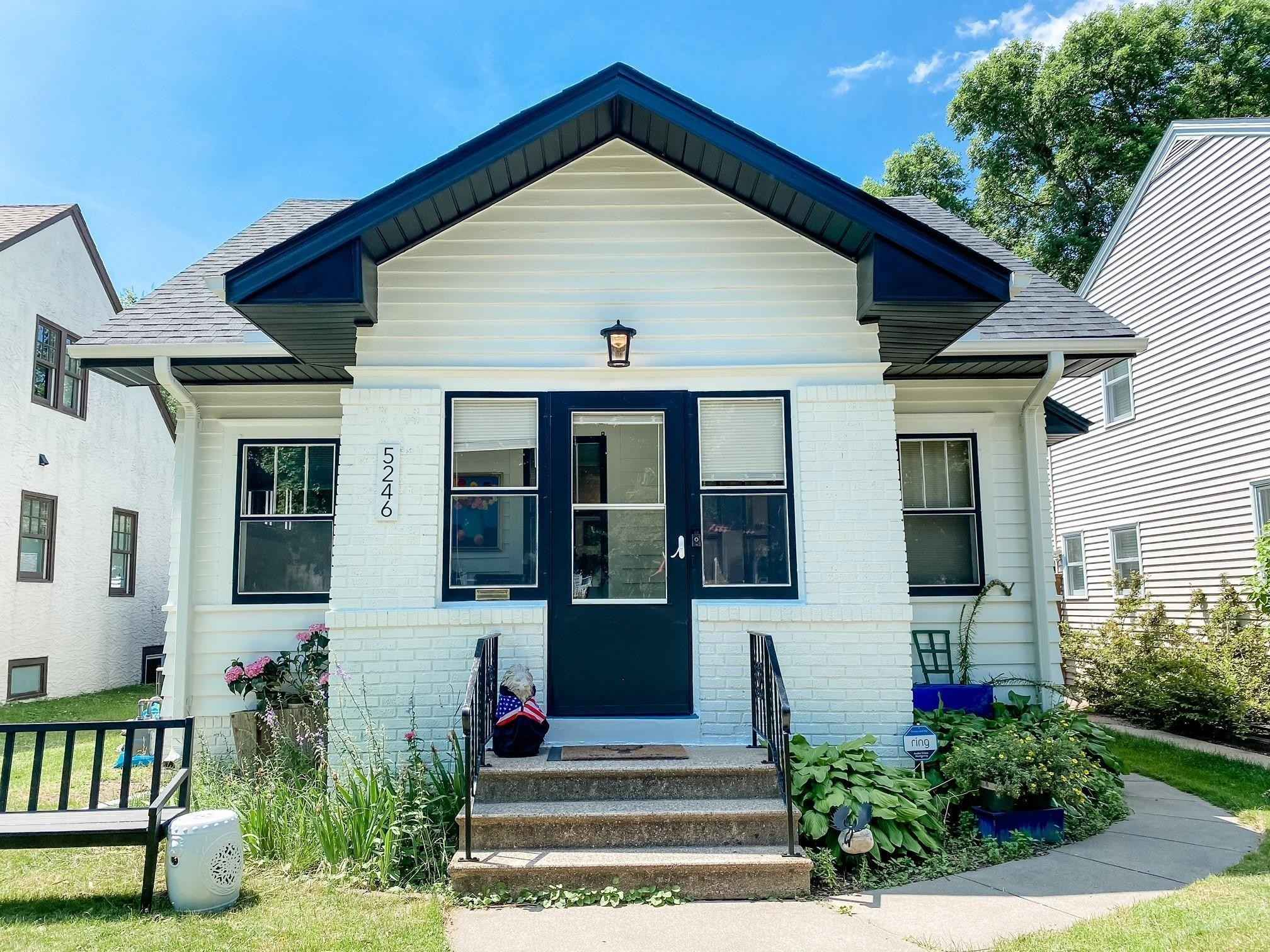 View 29 photos of this 2 bed, 2 bath, and 1,070 sqft. single_family home located at 5246 Girard Ave S, Minneapolis, Minnesota 55419 is Active for $378,700.