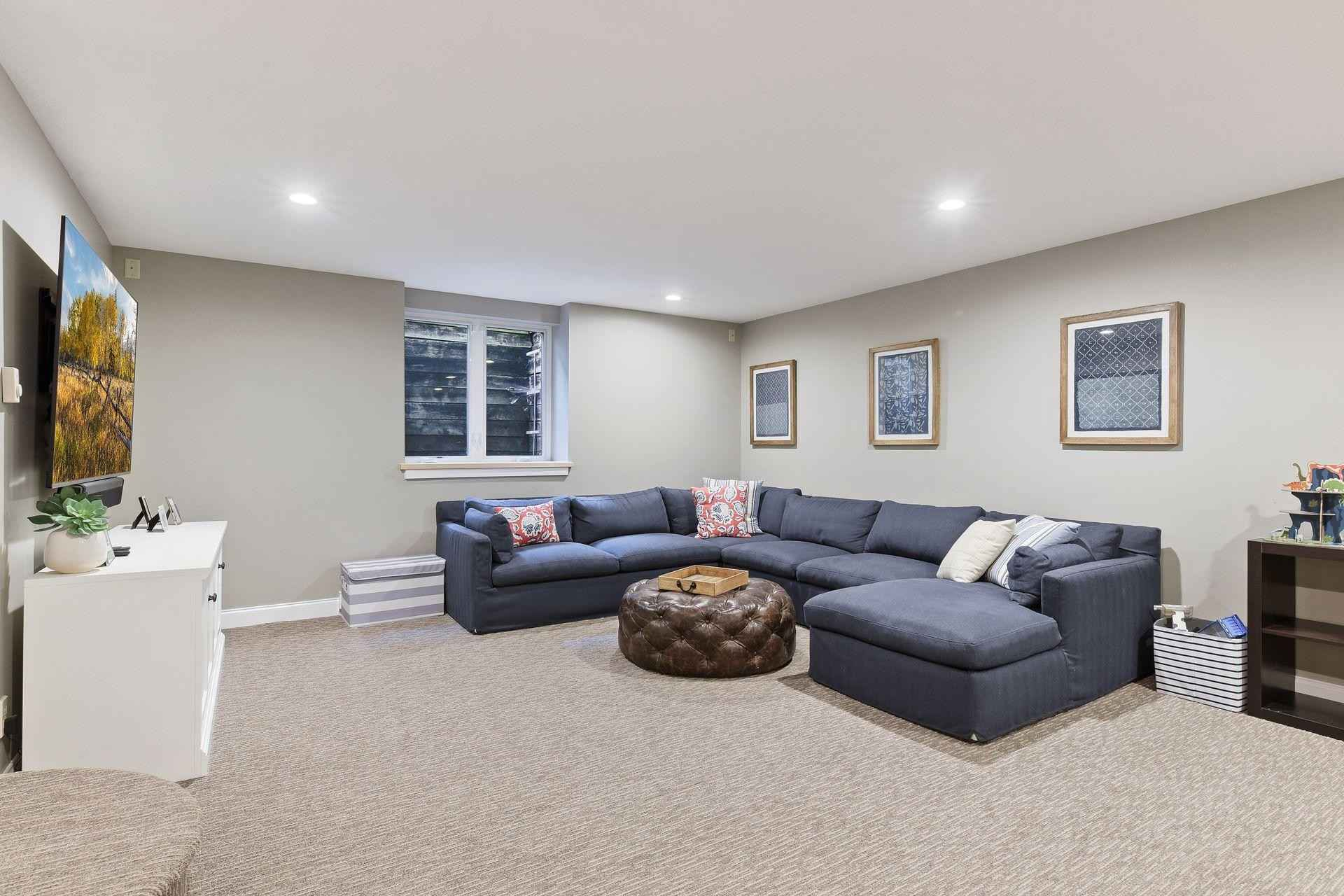 View 55 photos of this 4 bed, 4 bath, and 3,324 sqft. single_family home located at 4512 Arden Ave, Edina, Minnesota 55424 is Pending for $1,200,000.