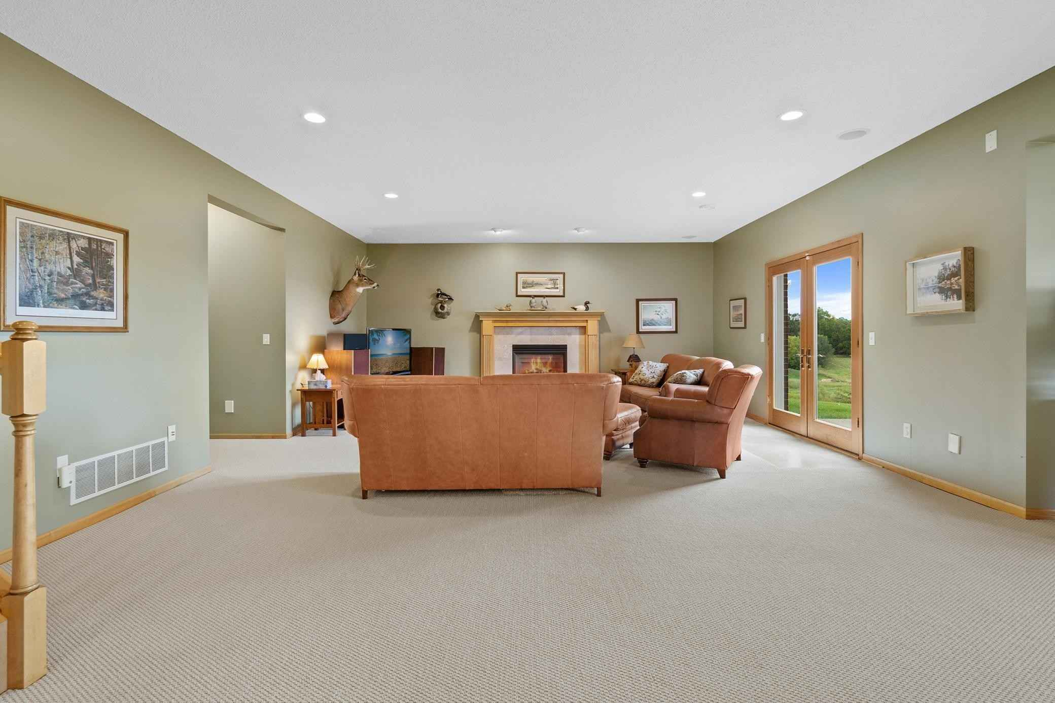 View 65 photos of this 6 bed, 4 bath, and 5,250 sqft. single_family home located at 9110 Pioneer Trl, Loretto, Minnesota 55357 is Active for $1,499,000.