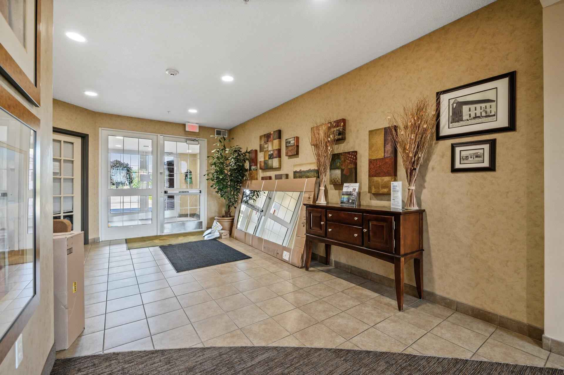 View 31 photos of this 1 bed, 1 bath, and 725 sqft. condo home located at 649 Old Highway 8 NW Apt 207, New Brighton, Minnesota 55112 is Pending for $160,000.