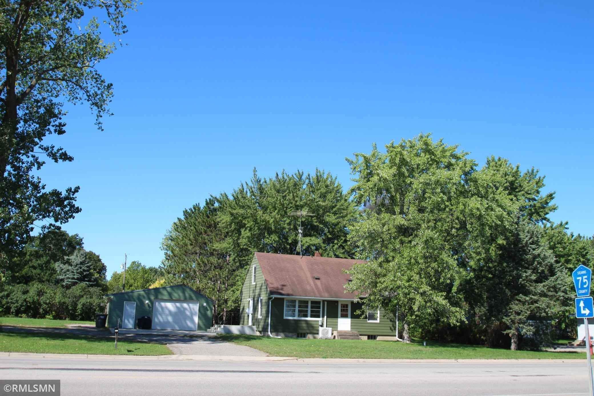 View 36 photos of this 3 bed, 2 bath, and 1,214 sqft. single_family home located at 24965 County Road 7, Saint Augusta, Minnesota 56301 is Pending for $189,900.