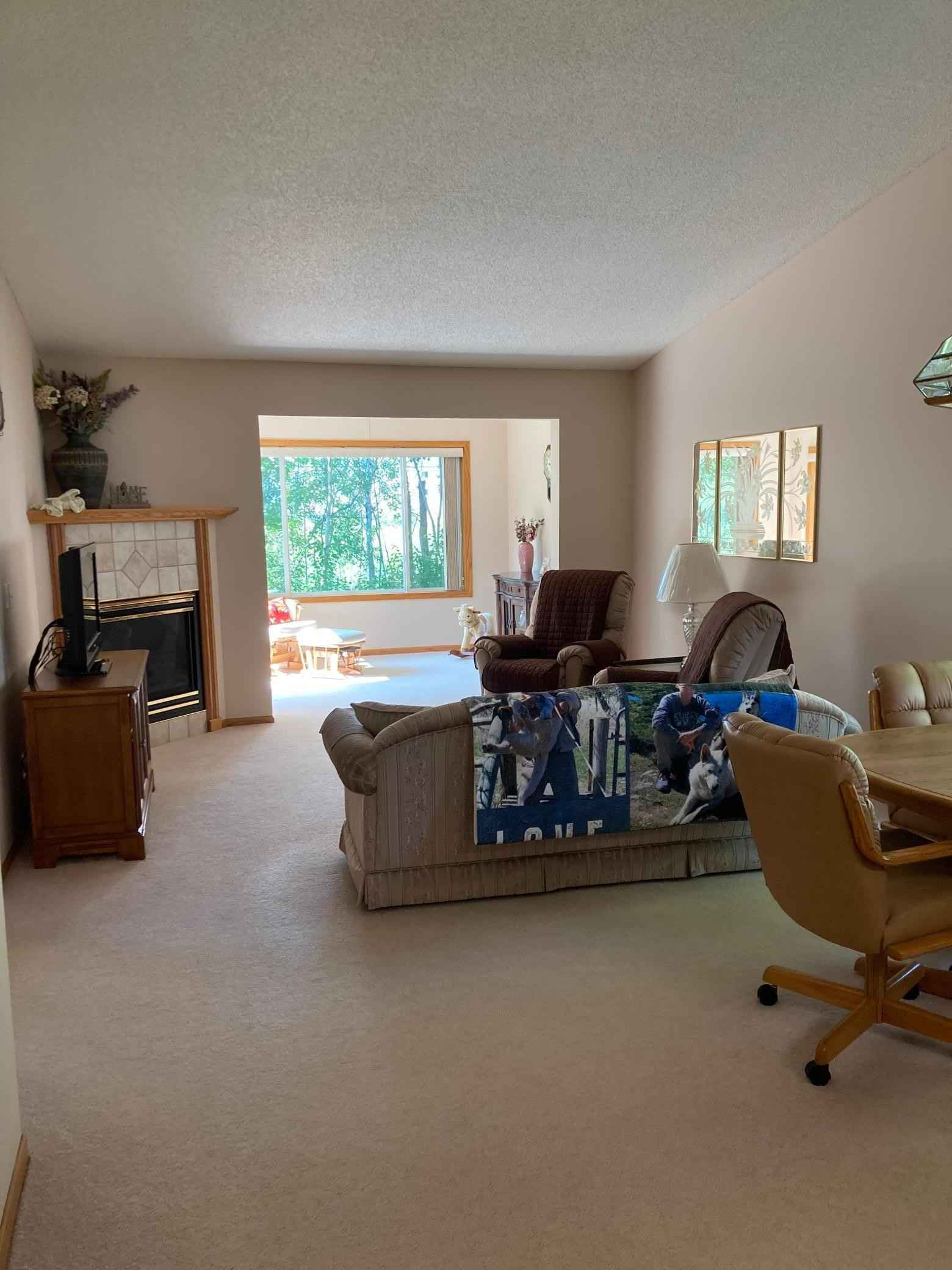 View 37 photos of this 2 bed, 2 bath, and 1,254 sqft. condo home located at 1366 Island Dr, Forest Lake, Minnesota 55025 is Active for $230,000.