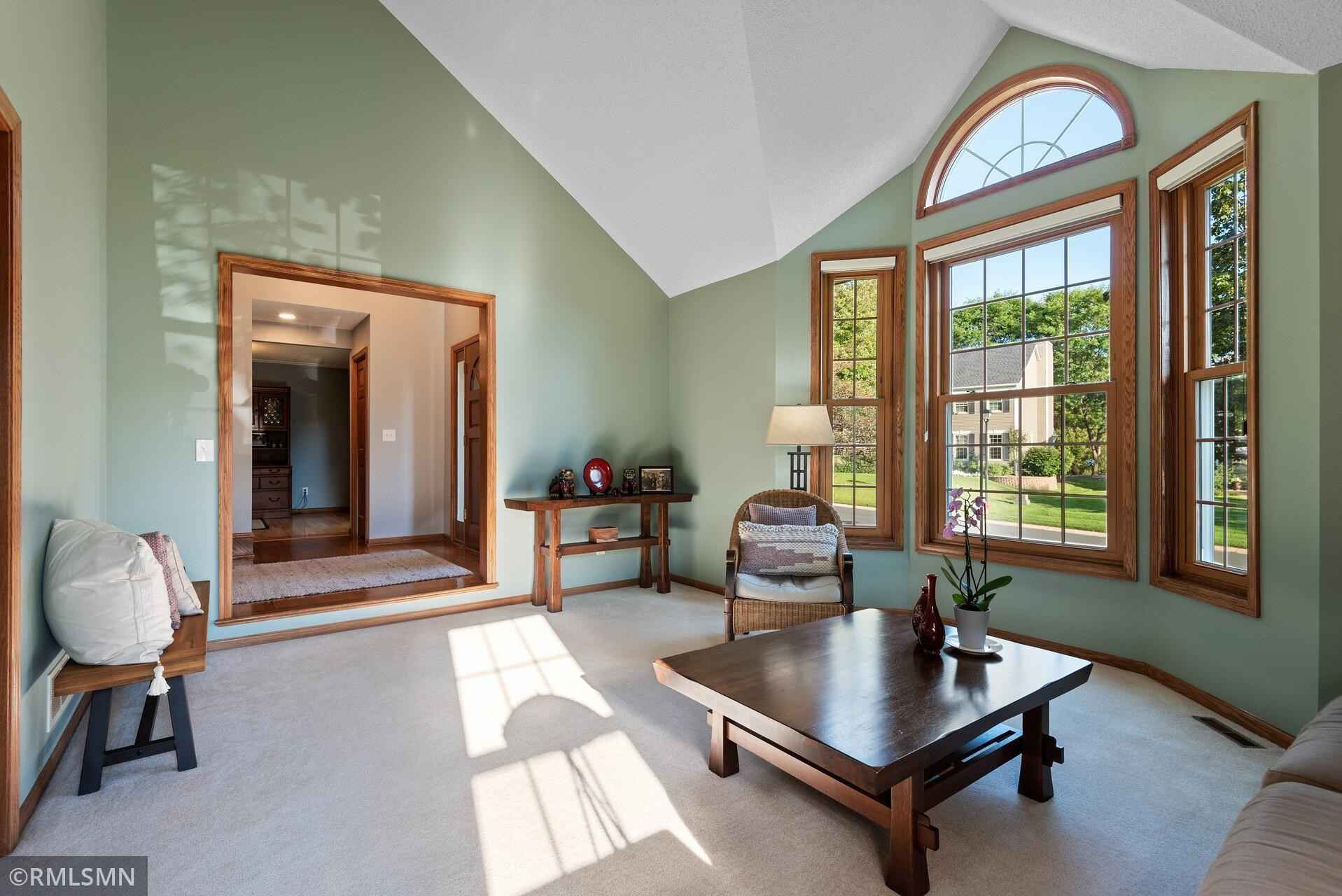 View 58 photos of this 5 bed, 4 bath, and 3,159 sqft. single_family home located at 629 Coventry Pkwy, Saint Paul, Minnesota 55123 is Pending for $535,000.