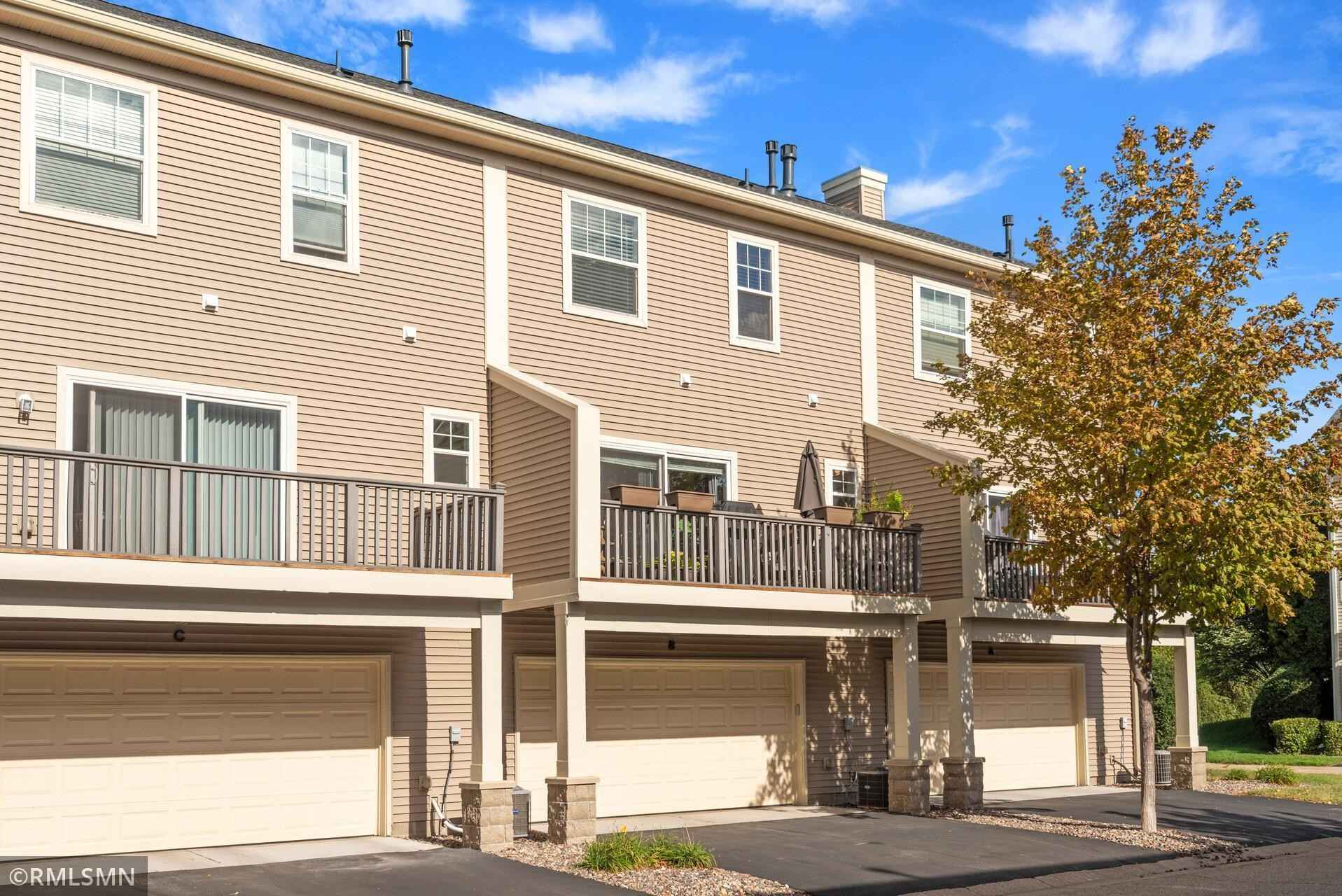View 24 photos of this 2 bed, 2 bath, and 1,175 sqft. condo home located at 11327 Fergus St NE Unit B, Blaine, Minnesota 55449 is Pending for $224,900.