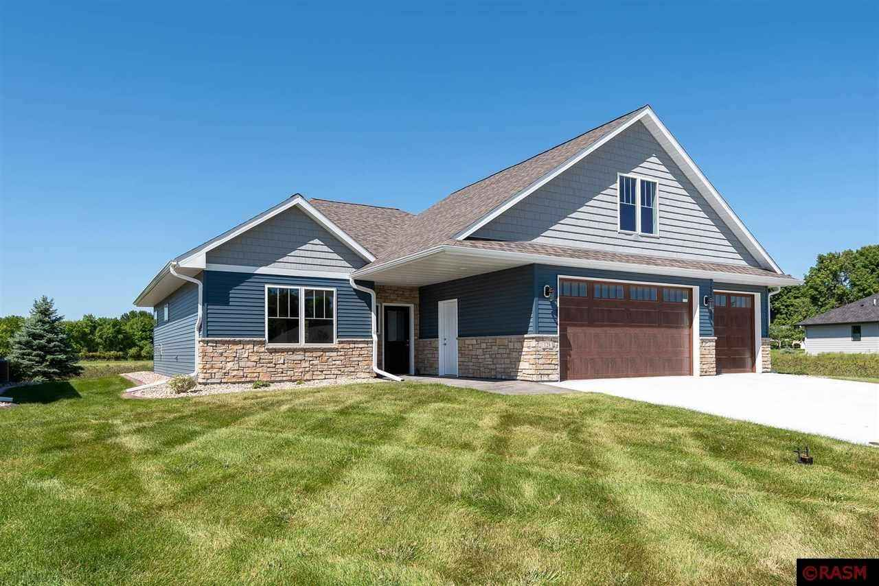 View 22 photos of this 3 bed, 3 bath, and 2,093 sqft. single_family home located at 128 Dancing Waters Cir, Mankato, Minnesota 56001 is Active for $519,000.