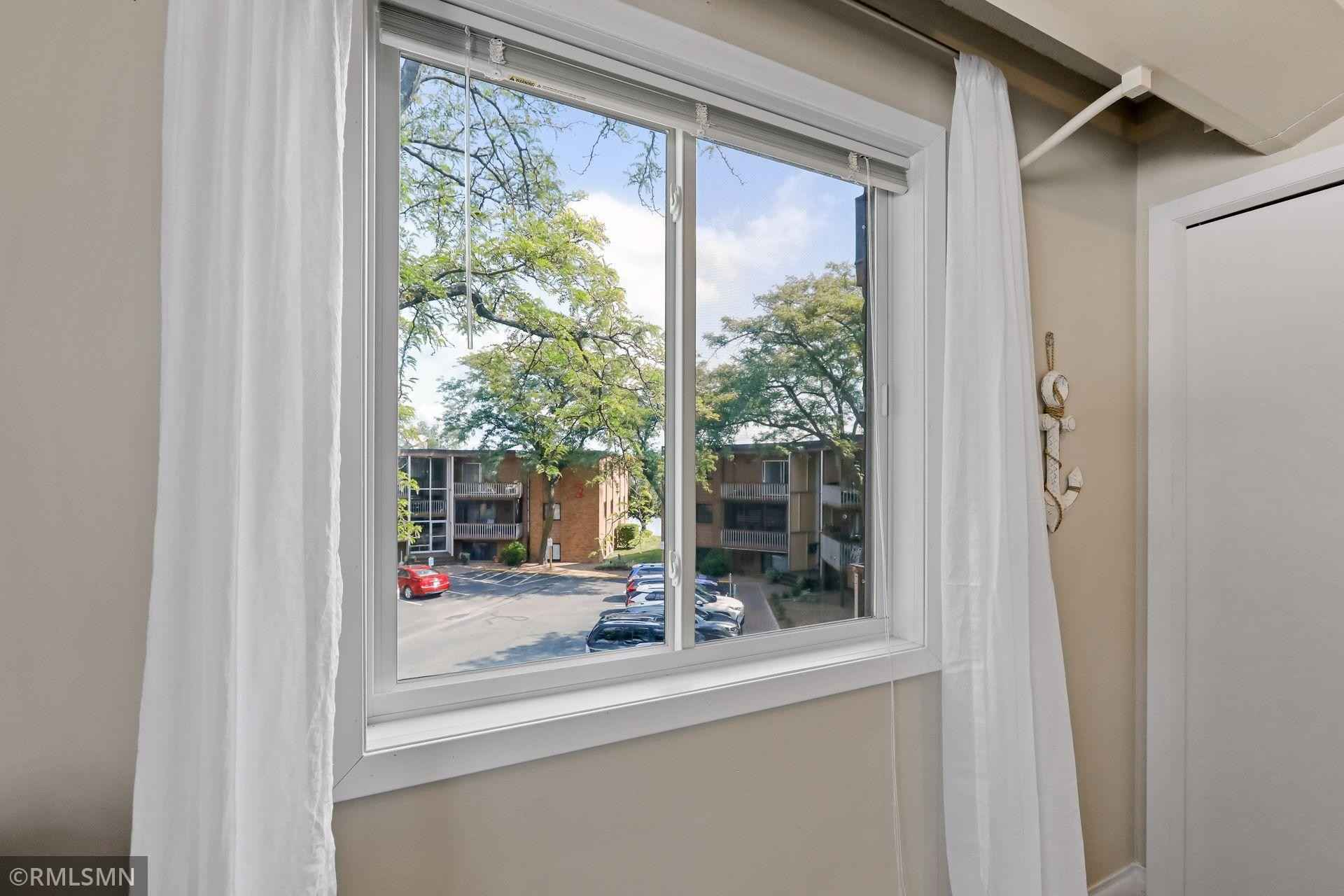 View 38 photos of this 2 bed, 1 bath, and 978 sqft. condo home located at 5410 Three Points Blvd Apt 436, Mound, Minnesota 55364 is Active for $209,900.