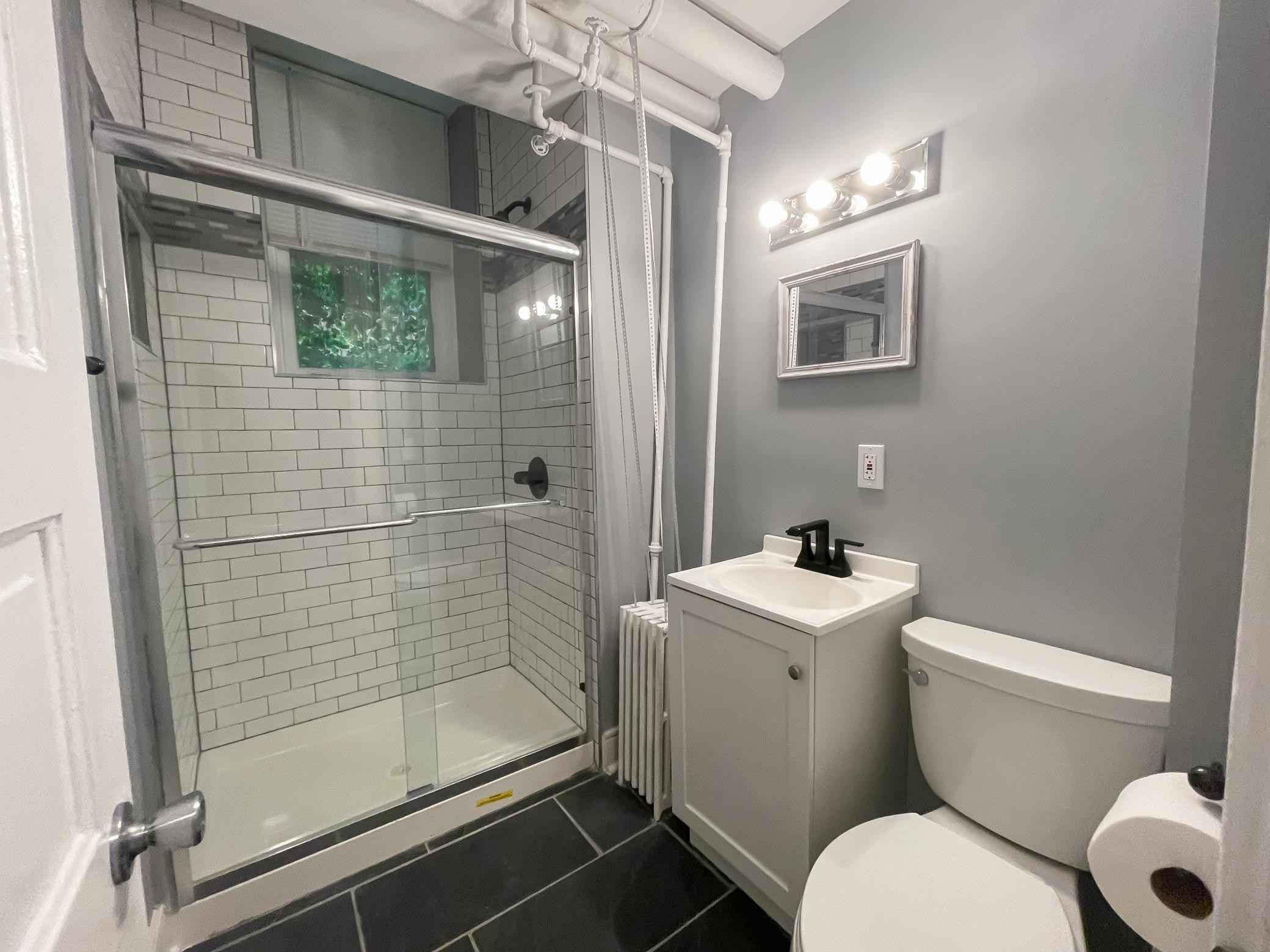 View 17 photos of this 1 bed, 1 bath, and 595 sqft. condo home located at 579 Summit Ave Apt 102, Saint Paul, Minnesota 55102 is Active for $174,000.