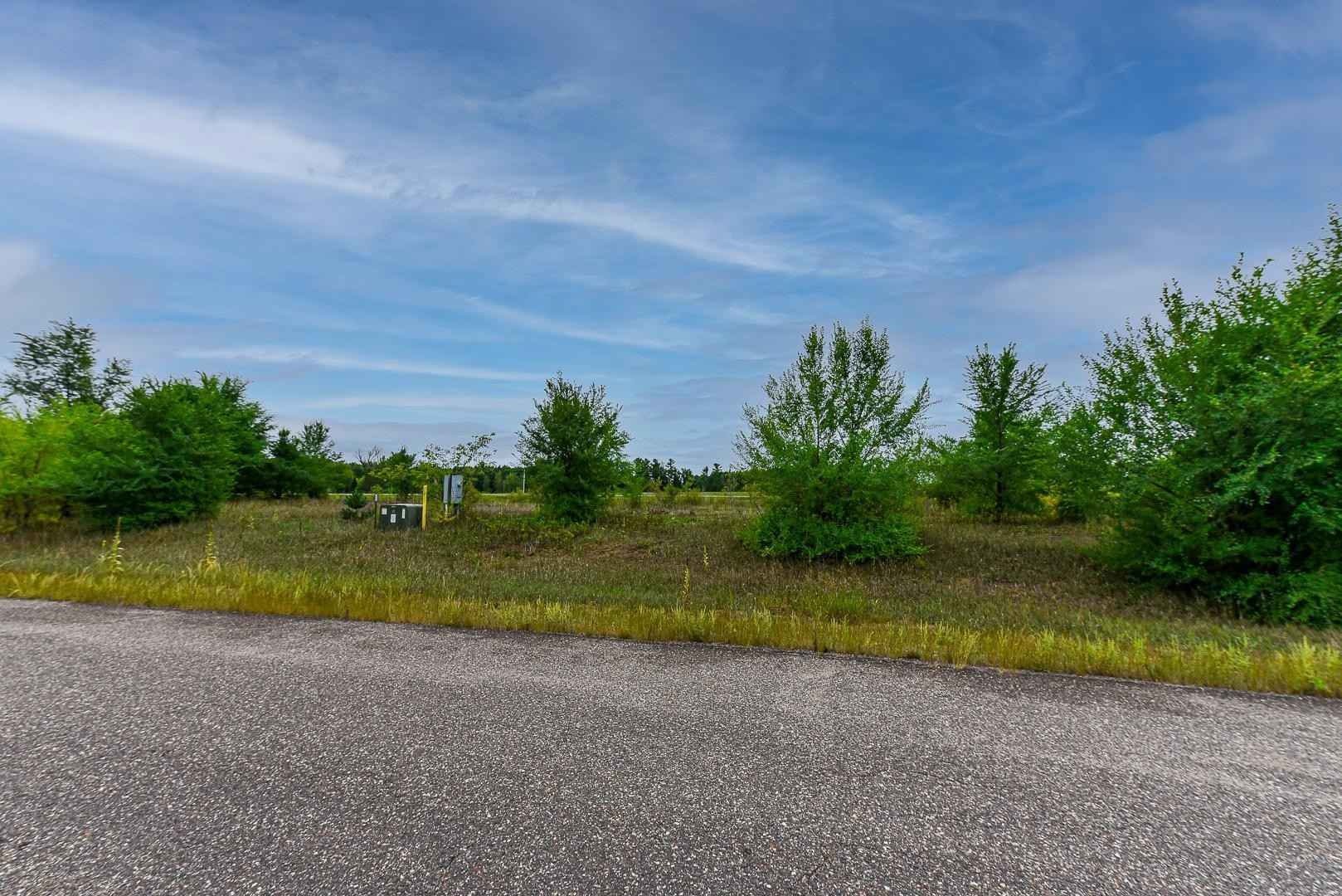 View 10 photos of this _0 bed, _0 bath, and  sqft. land home located at B1 Grouse Ct L3, Little Falls, Minnesota 56345 is Active for $29,900.
