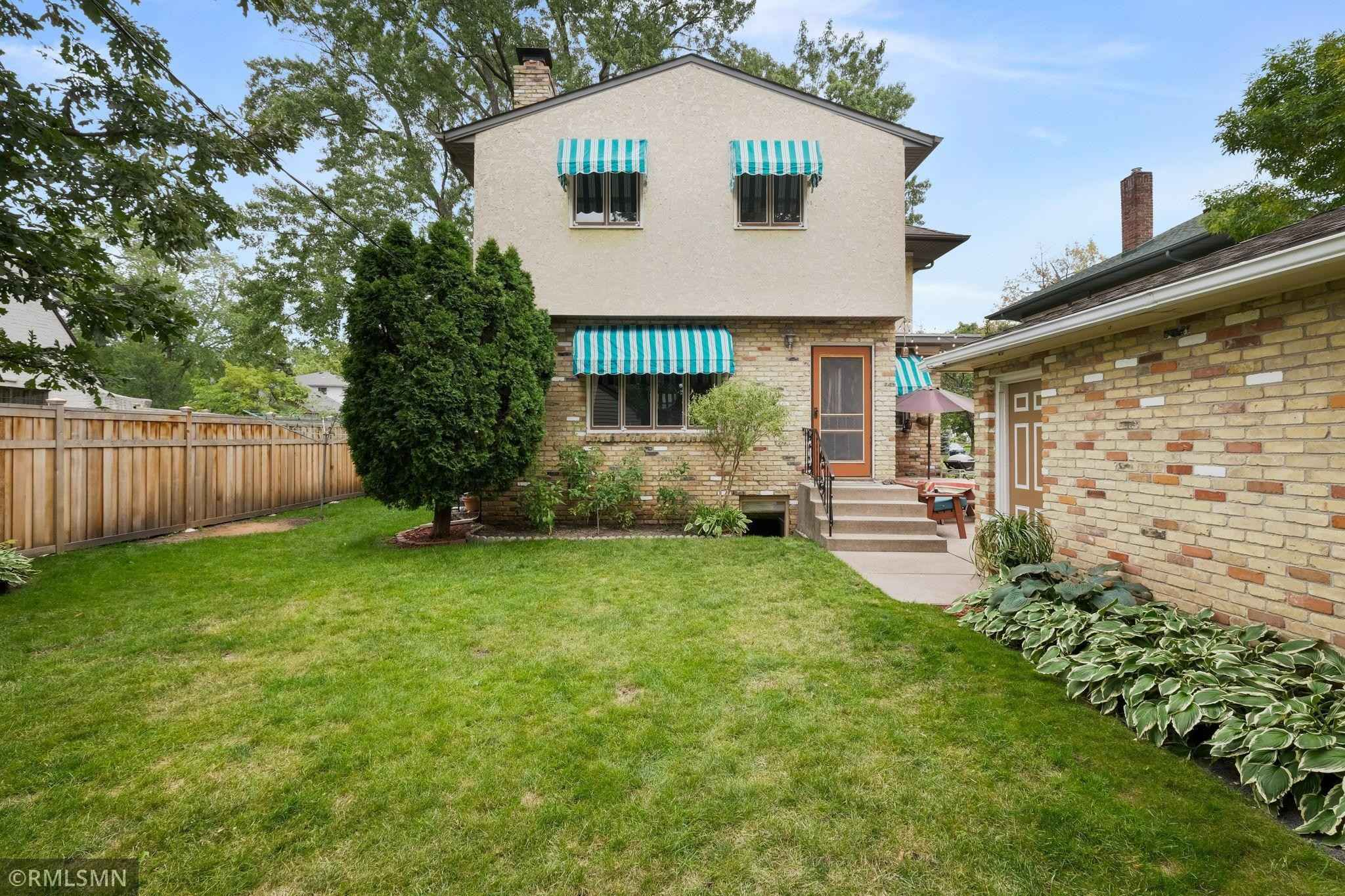 View 42 photos of this 5 bed, 3 bath, and 2,856 sqft. single_family home located at 473 Cretin Ave S, Saint Paul, Minnesota 55105 is Pending for $585,000.