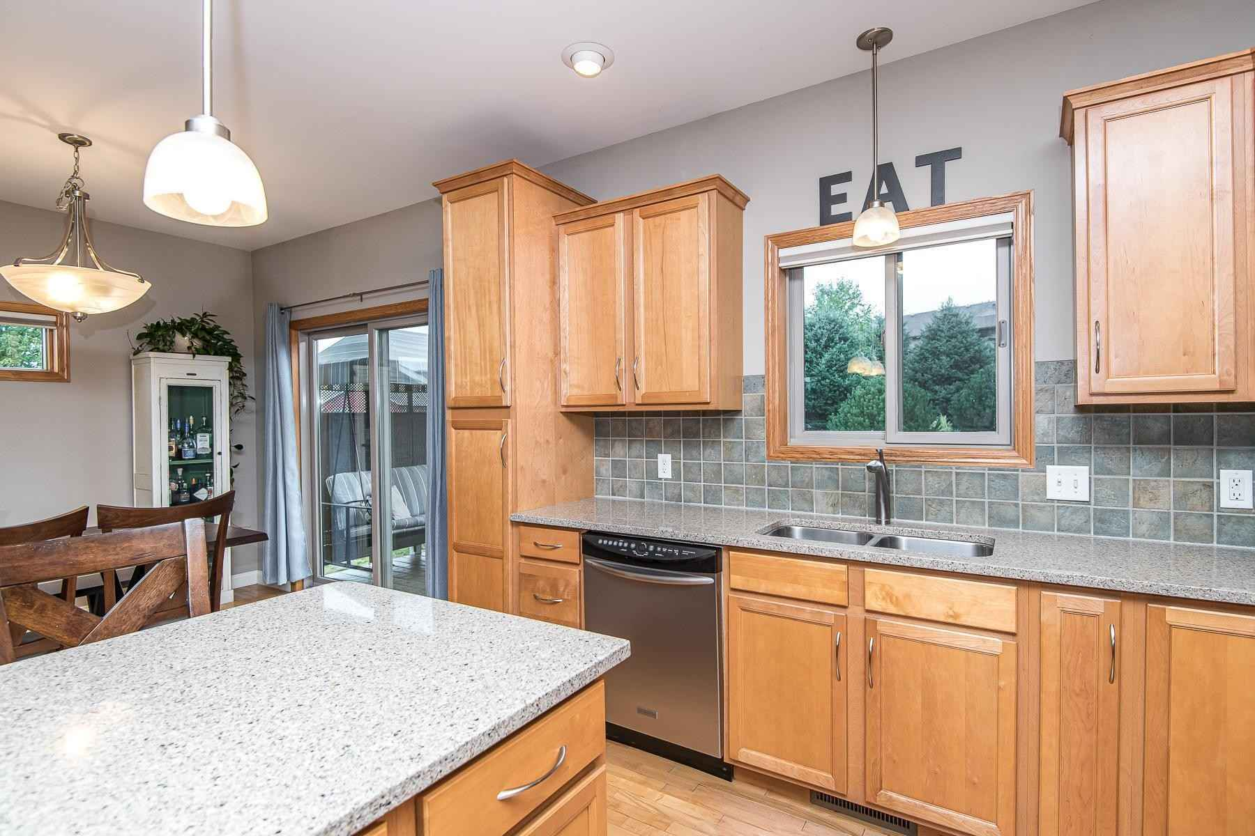 View 54 photos of this 4 bed, 2 bath, and 2,304 sqft. single_family home located at 5321 Ridgeview Dr NW, Rochester, Minnesota 55901 is Pending for $339,900.