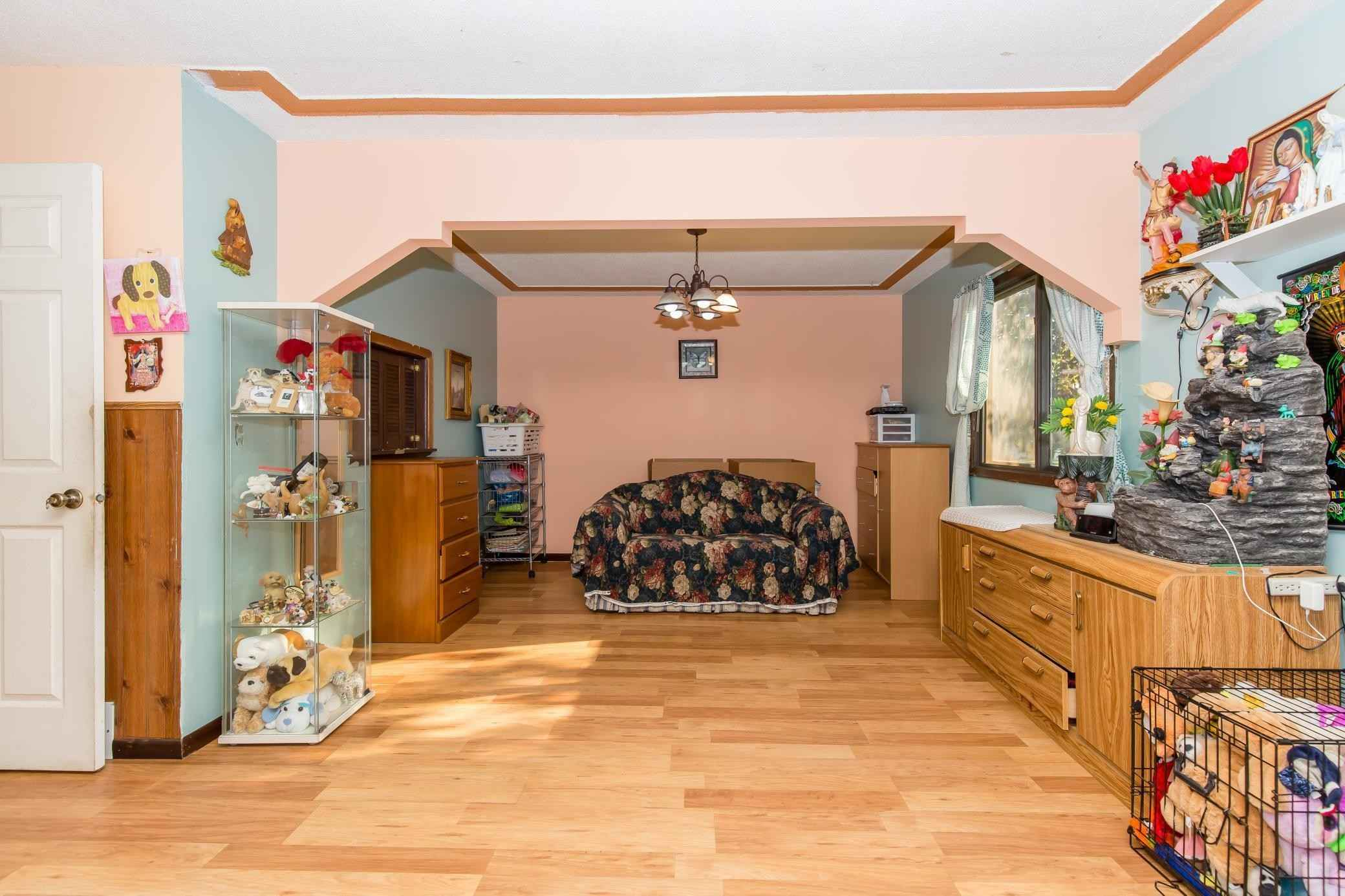 View 13 photos of this 4 bed, 2 bath, and 1,955 sqft. single_family home located at 5017 5th St NE, Columbia Heights, Minnesota 55421 is Active for $259,900.