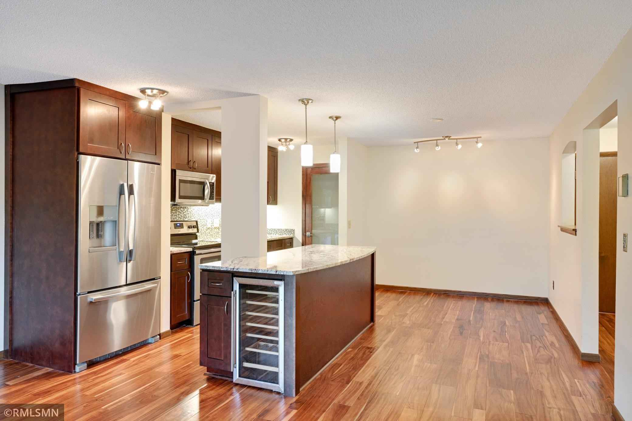 View 32 photos of this 2 bed, 2 bath, and 1,130 sqft. condo home located at 2200 Nevada Ave S Apt 205, Saint Louis Park, Minnesota 55426 is Pending for $169,900.