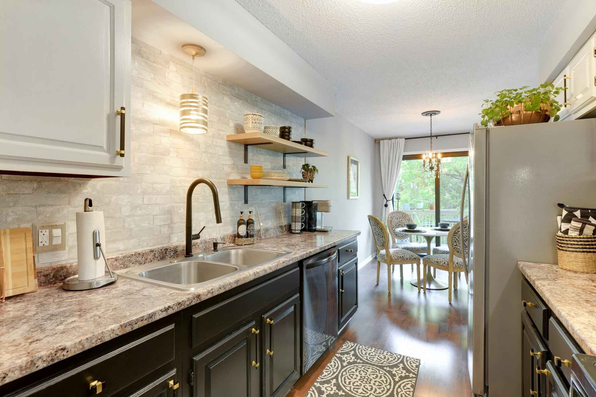 View 35 photos of this 2 bed, 2 bath, and 1,517 sqft. condo home located at 1116 Meadowview Dr, Stillwater, Minnesota 55082 is Active for $259,900.
